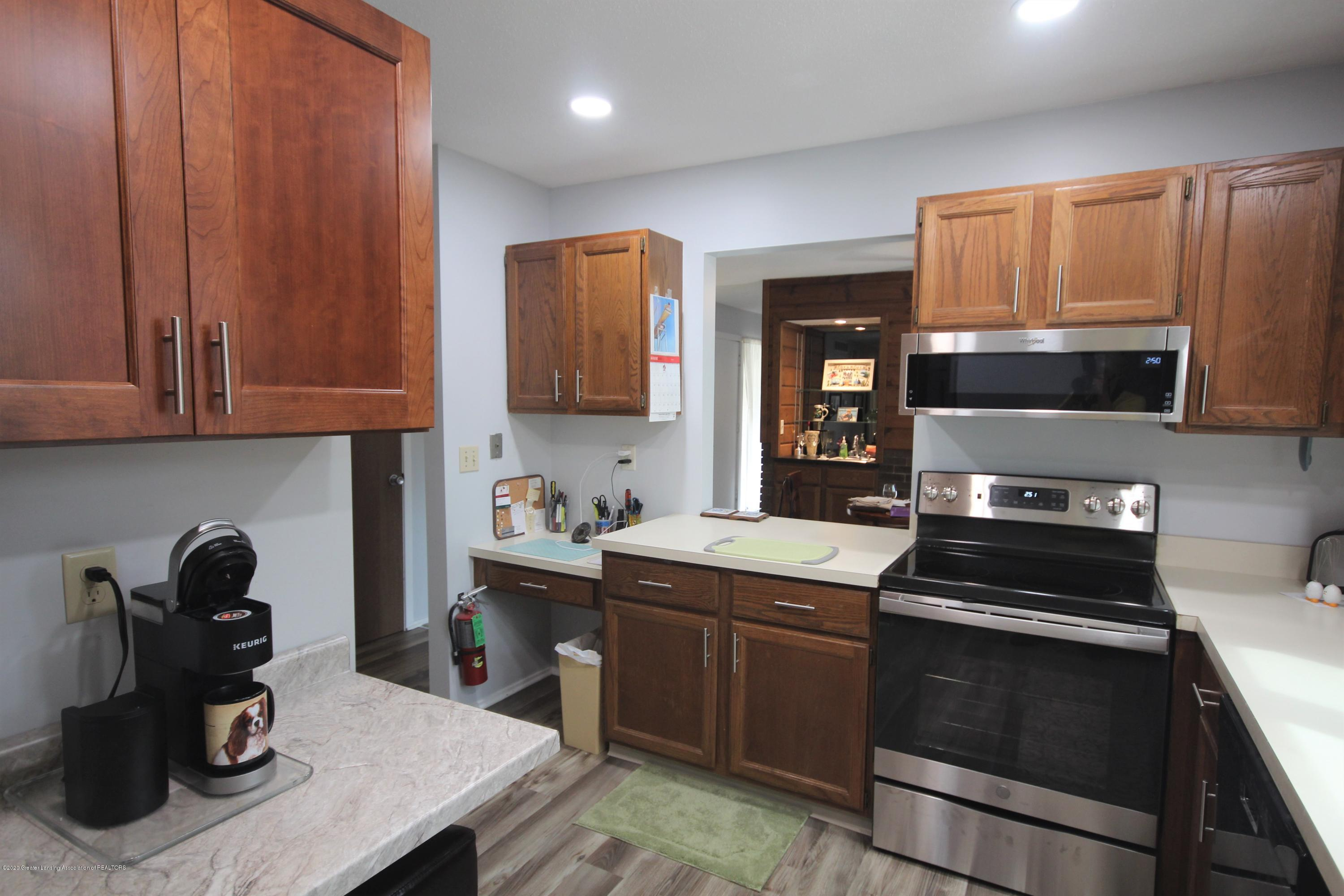 3721 Cavalier Dr 15 - Kitchen - 8