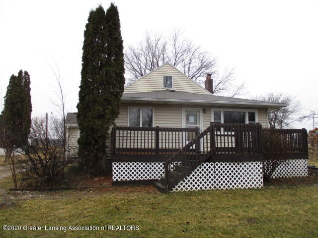 3290 Olds Rd - Front - 1