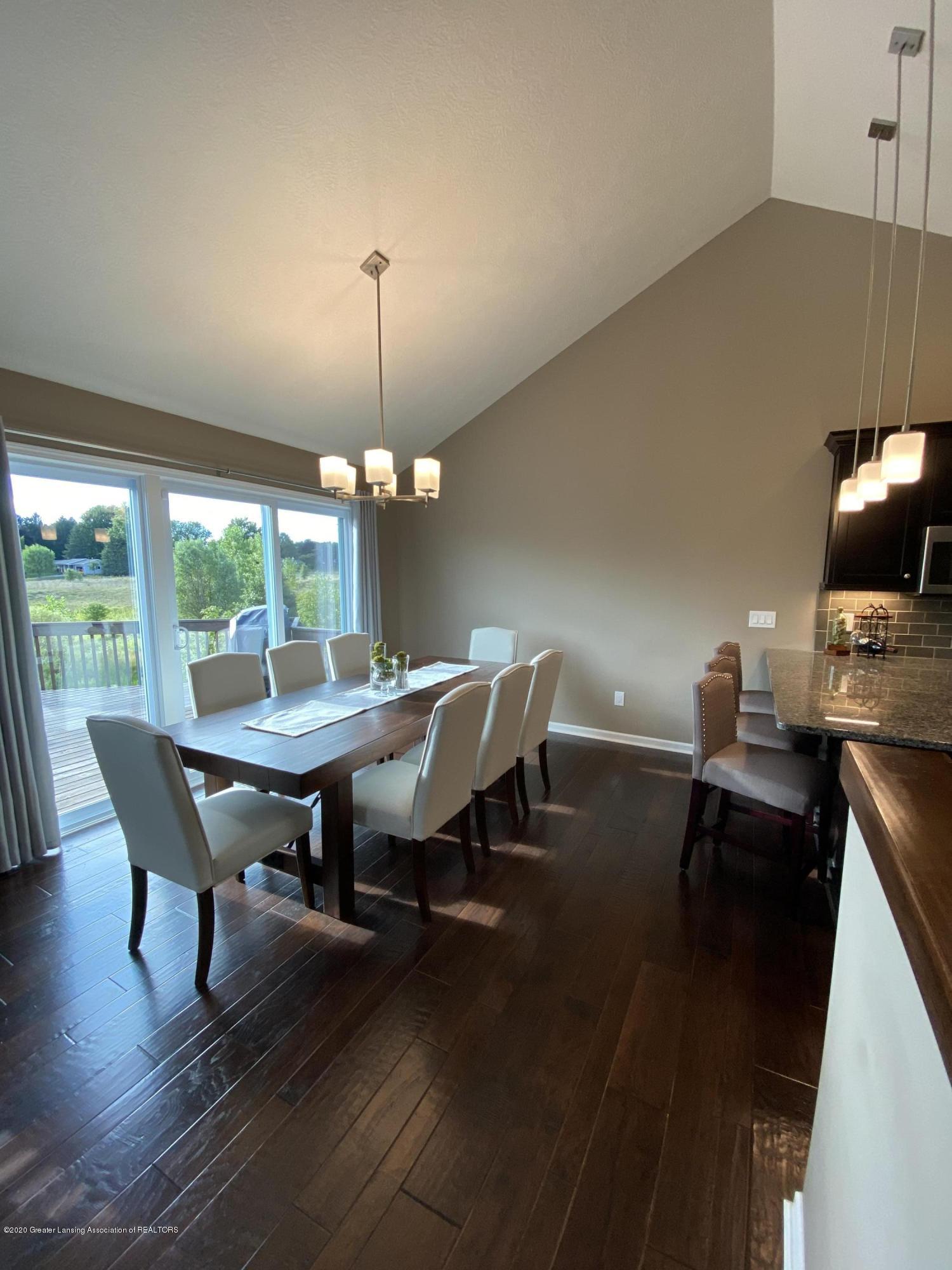 1204 Verbena Ln - dining room - 9