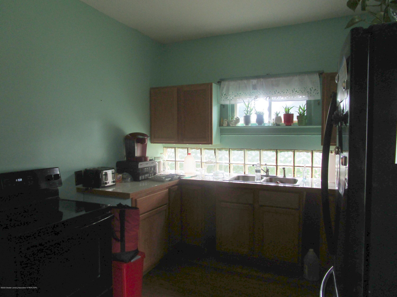 109 W Shepherd St - 4 Kitchen - 4