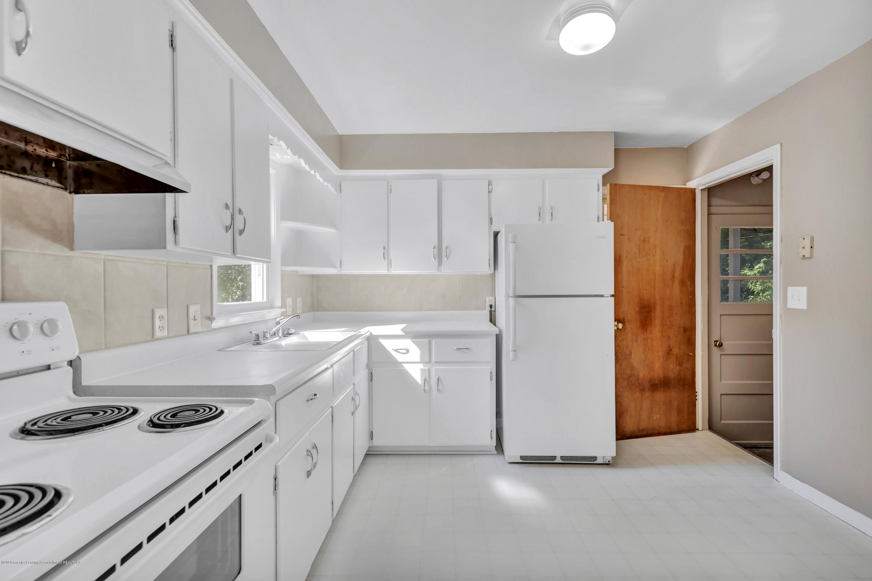 837 Maplehill Ave - Kitchen - 5