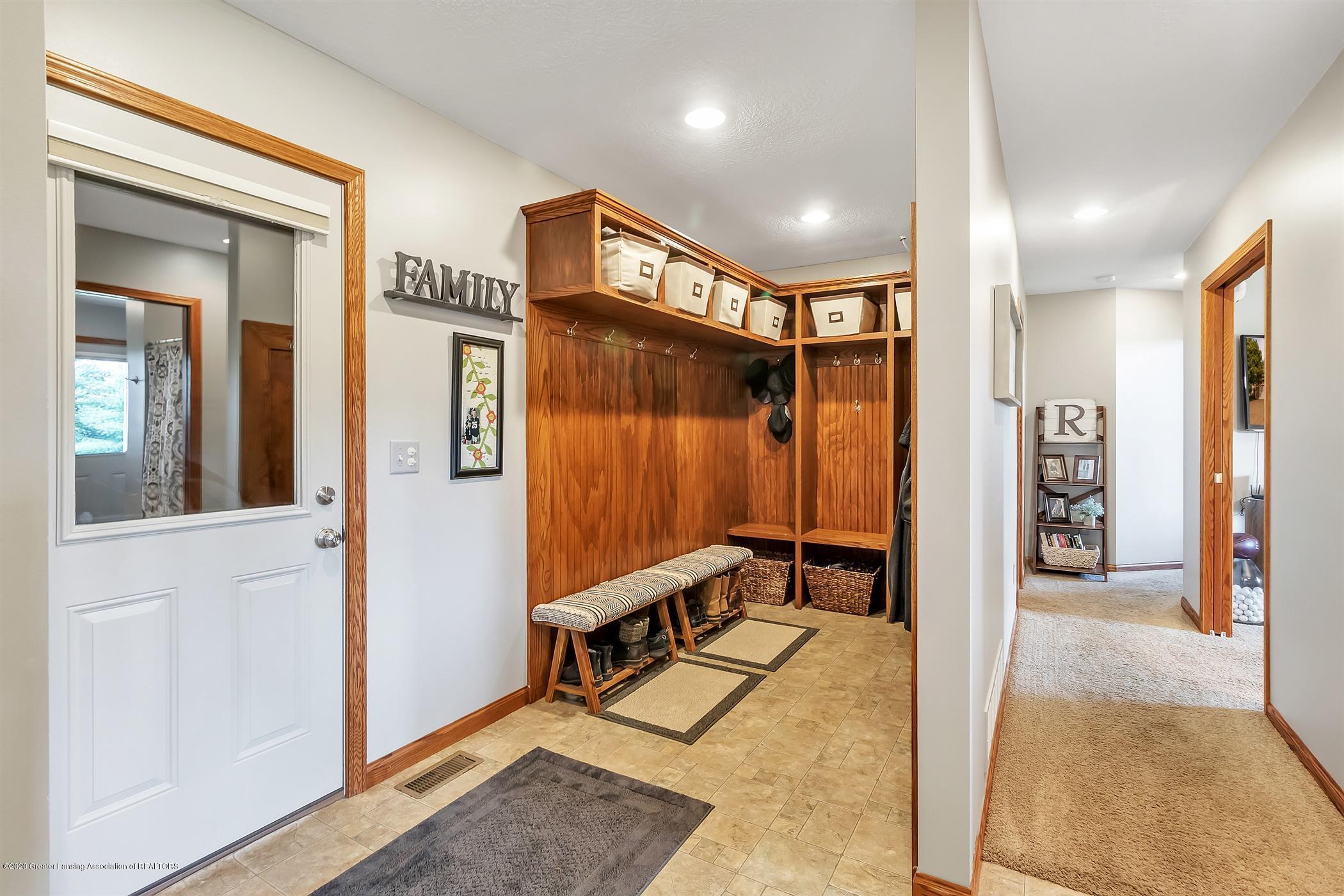 1565 Brookfield Rd - Mud Room - 20