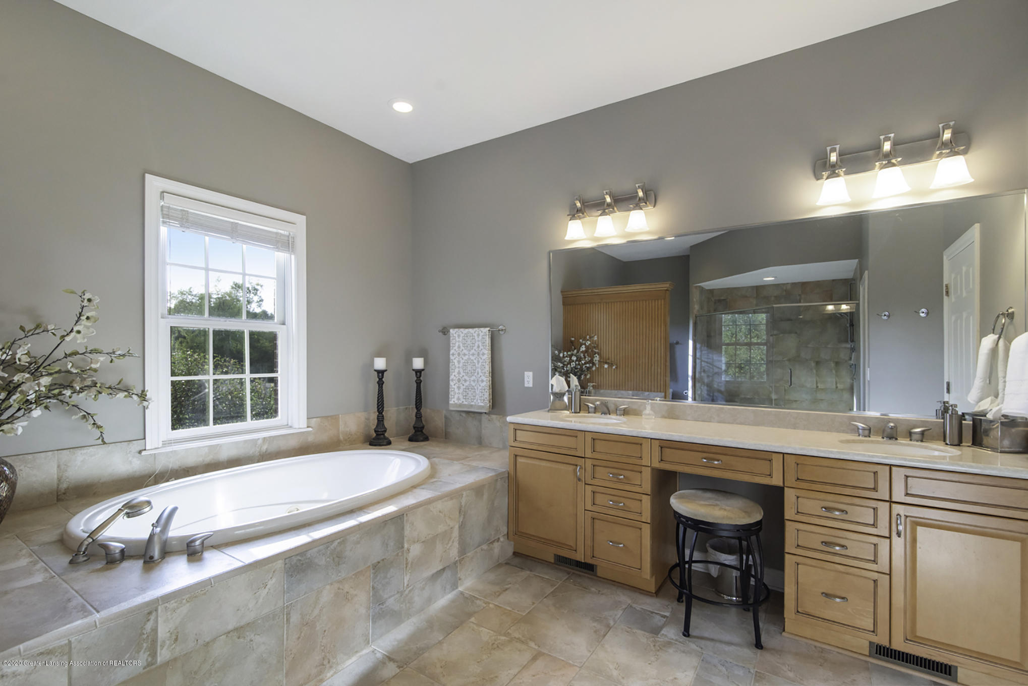 11653 Durham Way - Master Bath - 22