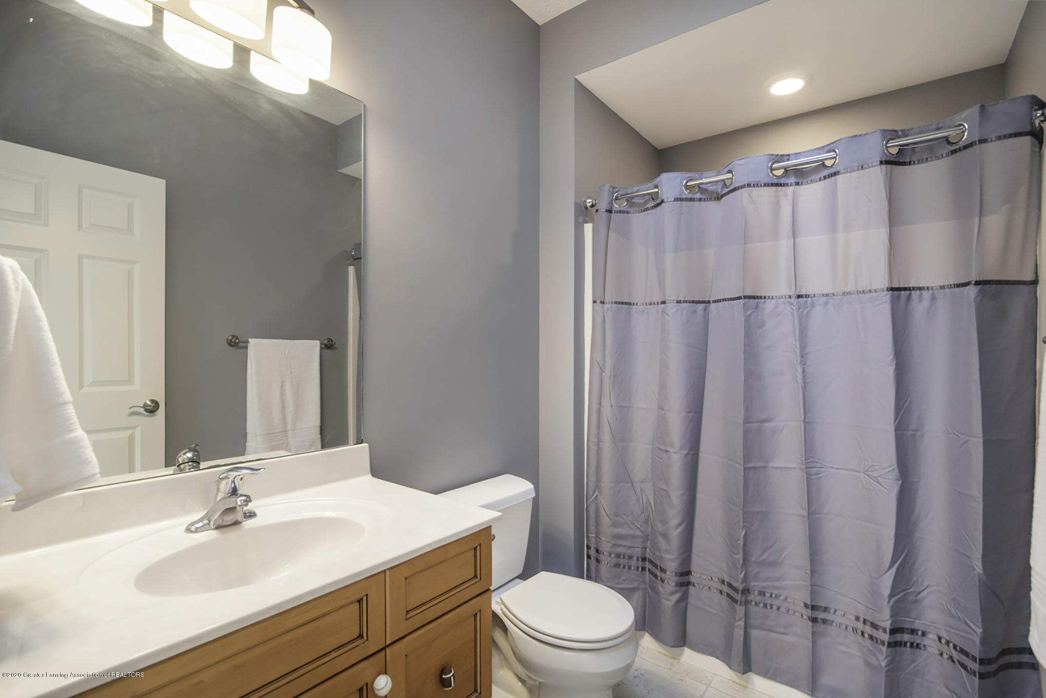 11653 Durham Way - Private Bath - 35