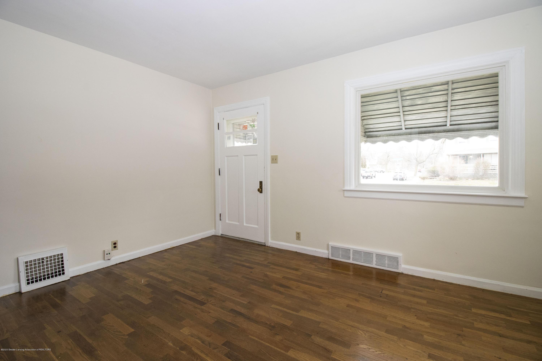 1533 S Pennsylvania Ave - Livingroom - 3