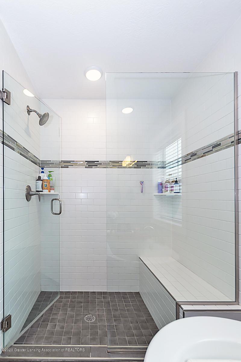 2768 Kittansett Dr - Master Bathroom - 26