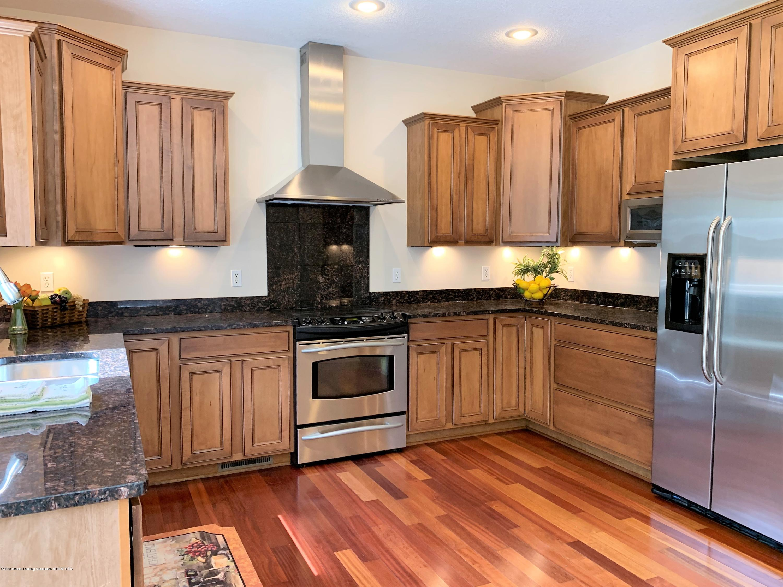 16958 Broadview Dr - IMG_4388 - 17