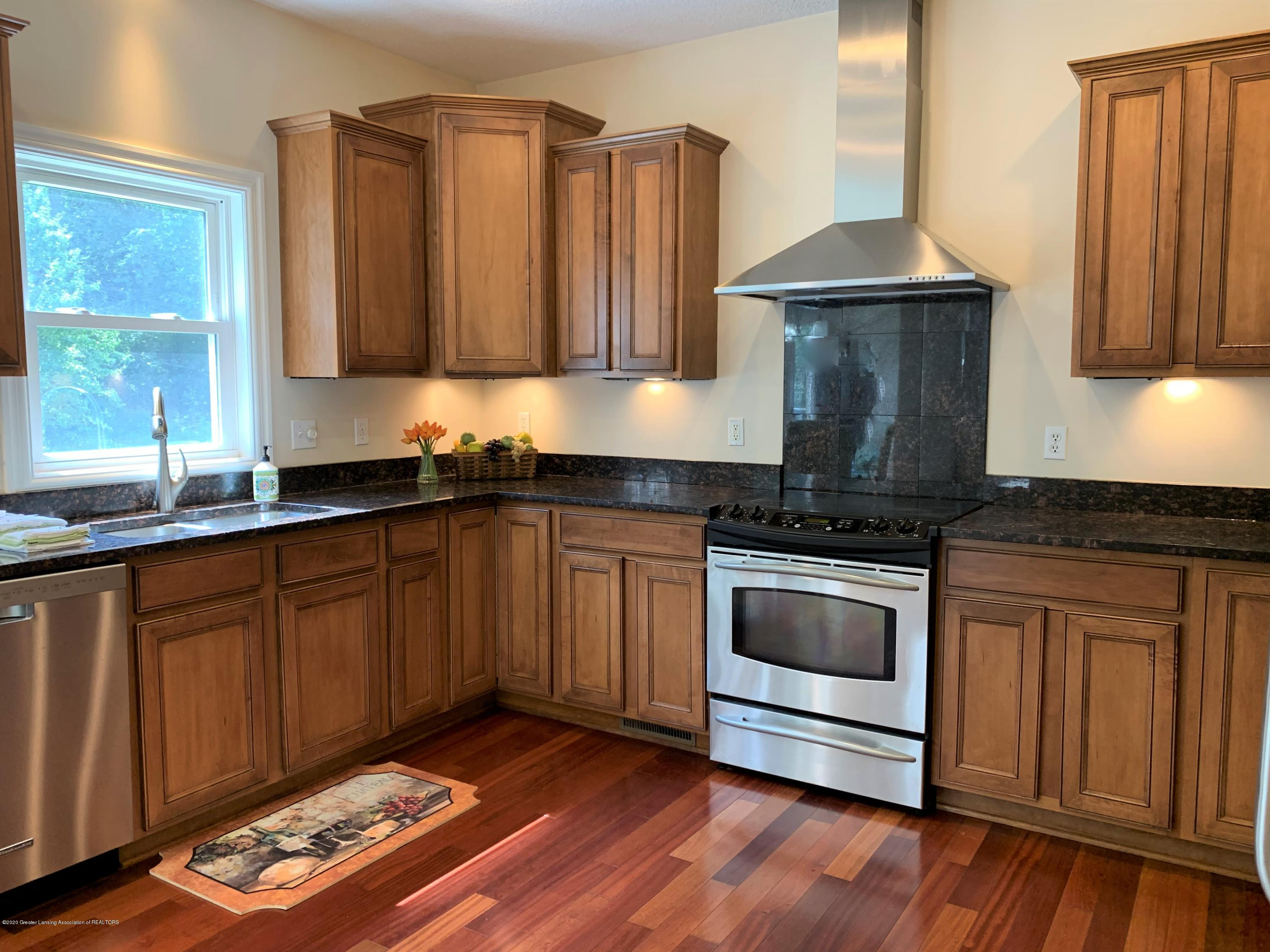 16958 Broadview Dr - IMG_4389 - 18