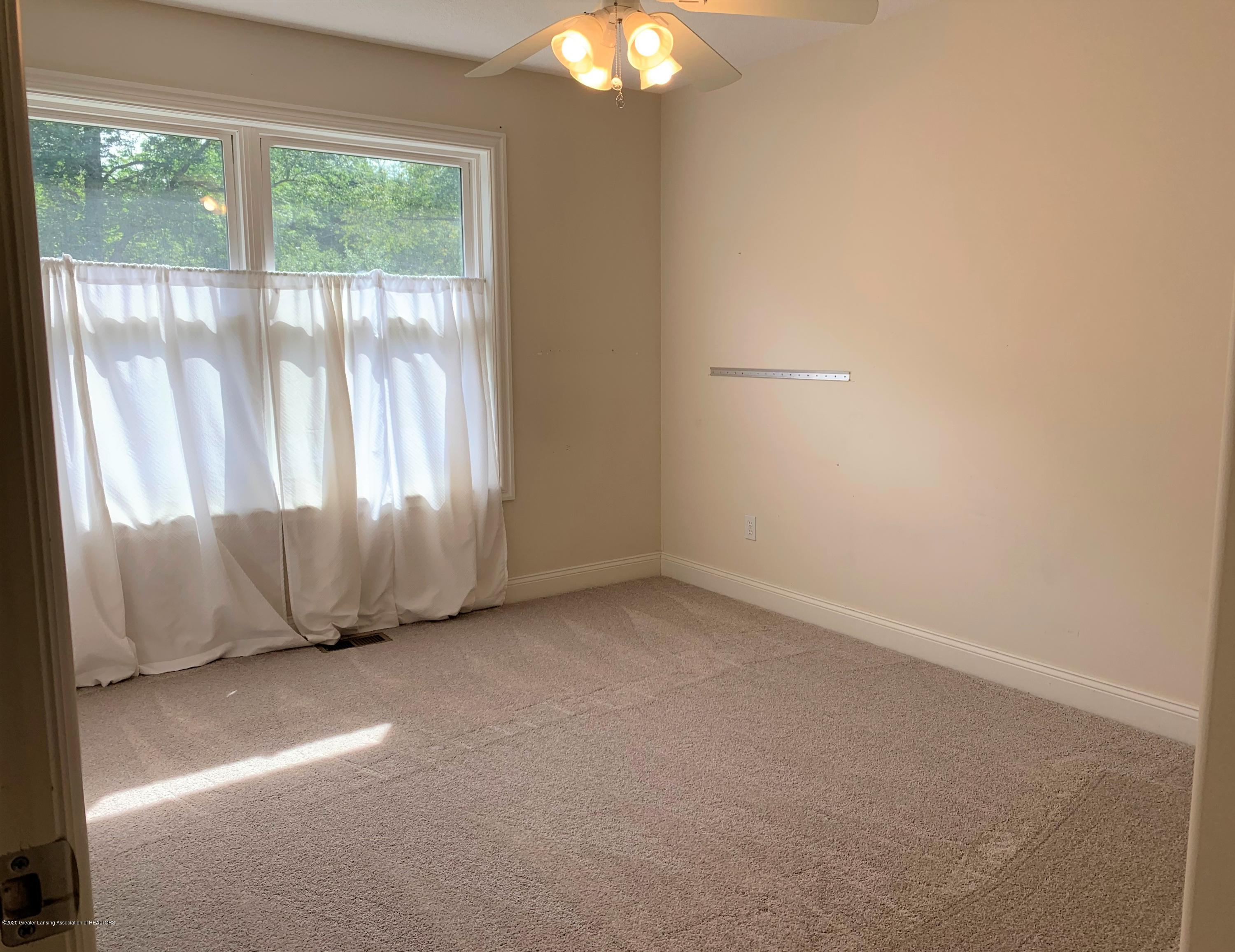 16958 Broadview Dr - IMG_4427 - 26