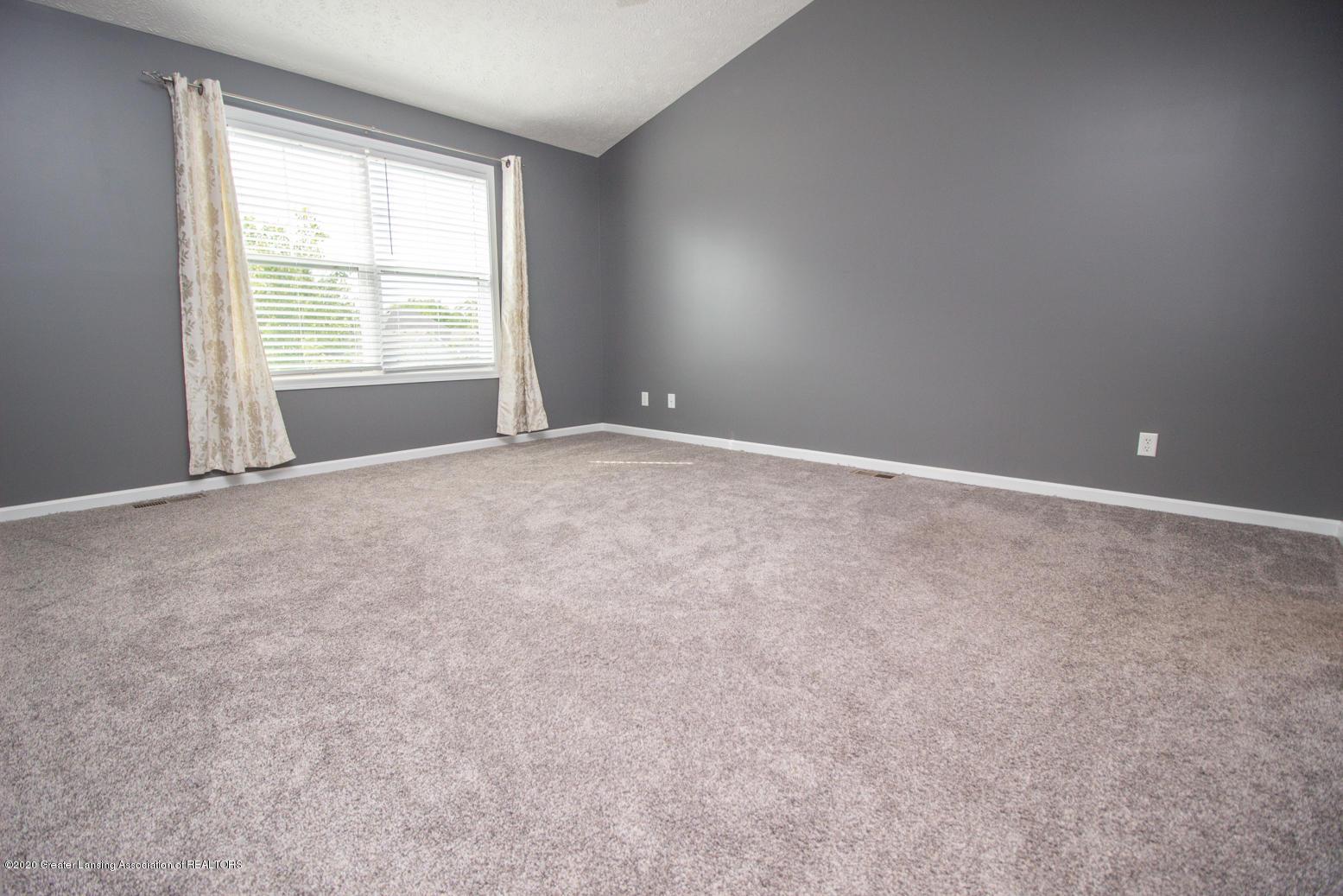 2064 Arbor Meadows Dr - Master Bedroom - 11