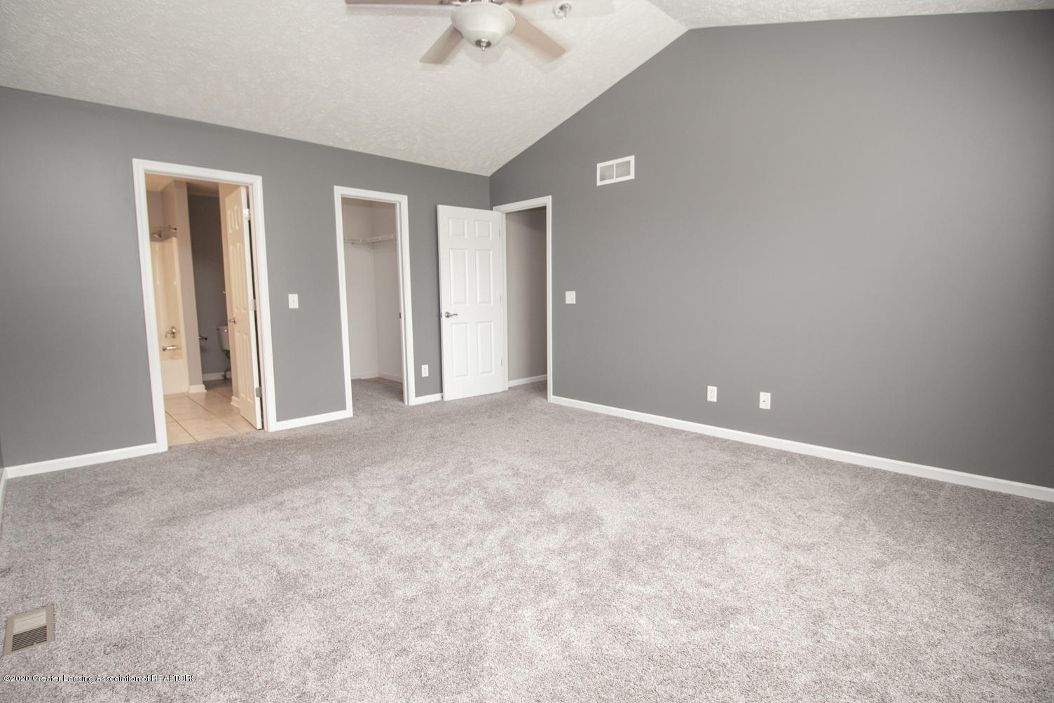 2064 Arbor Meadows Dr - Master Bedroom - 13