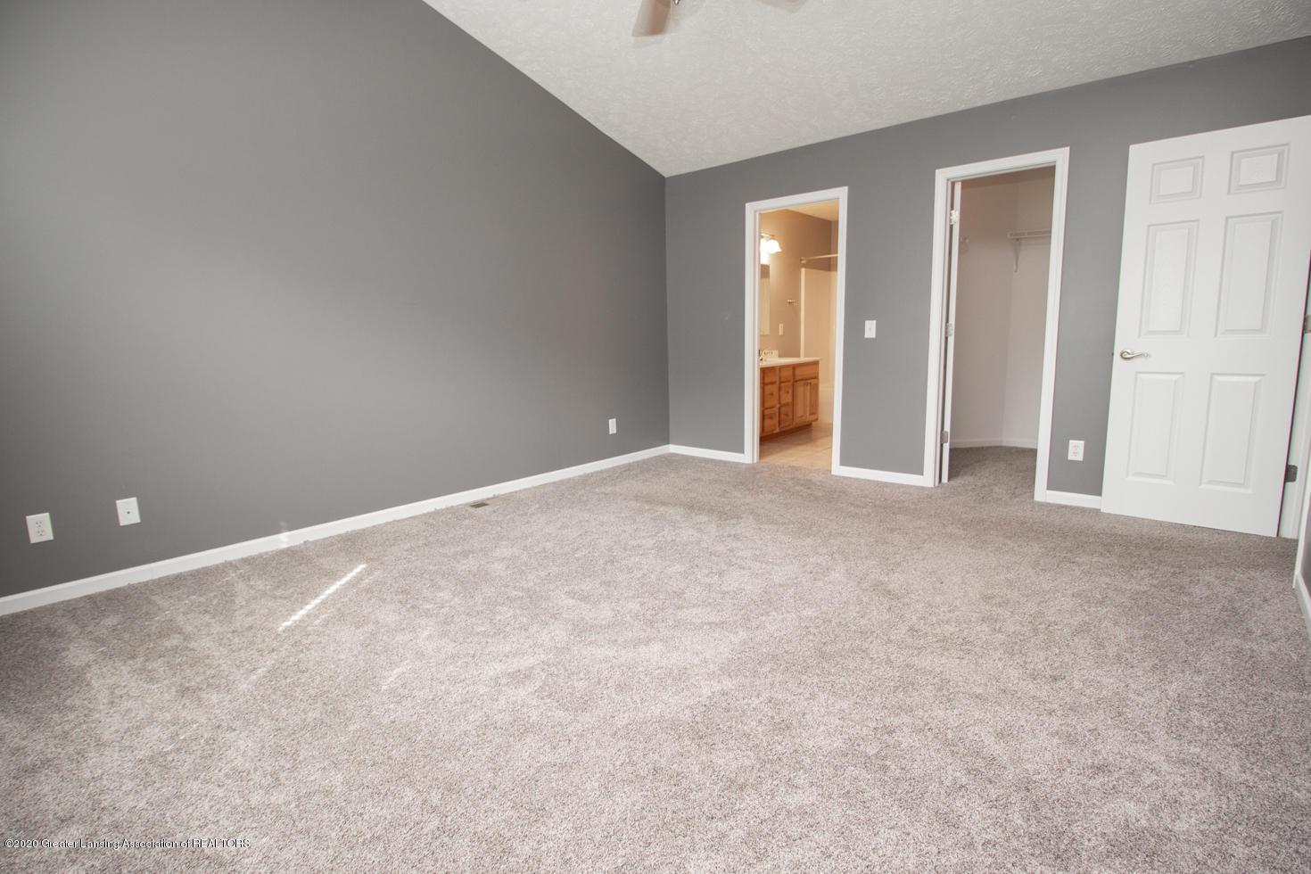 2064 Arbor Meadows Dr - Master Bedroom - 12