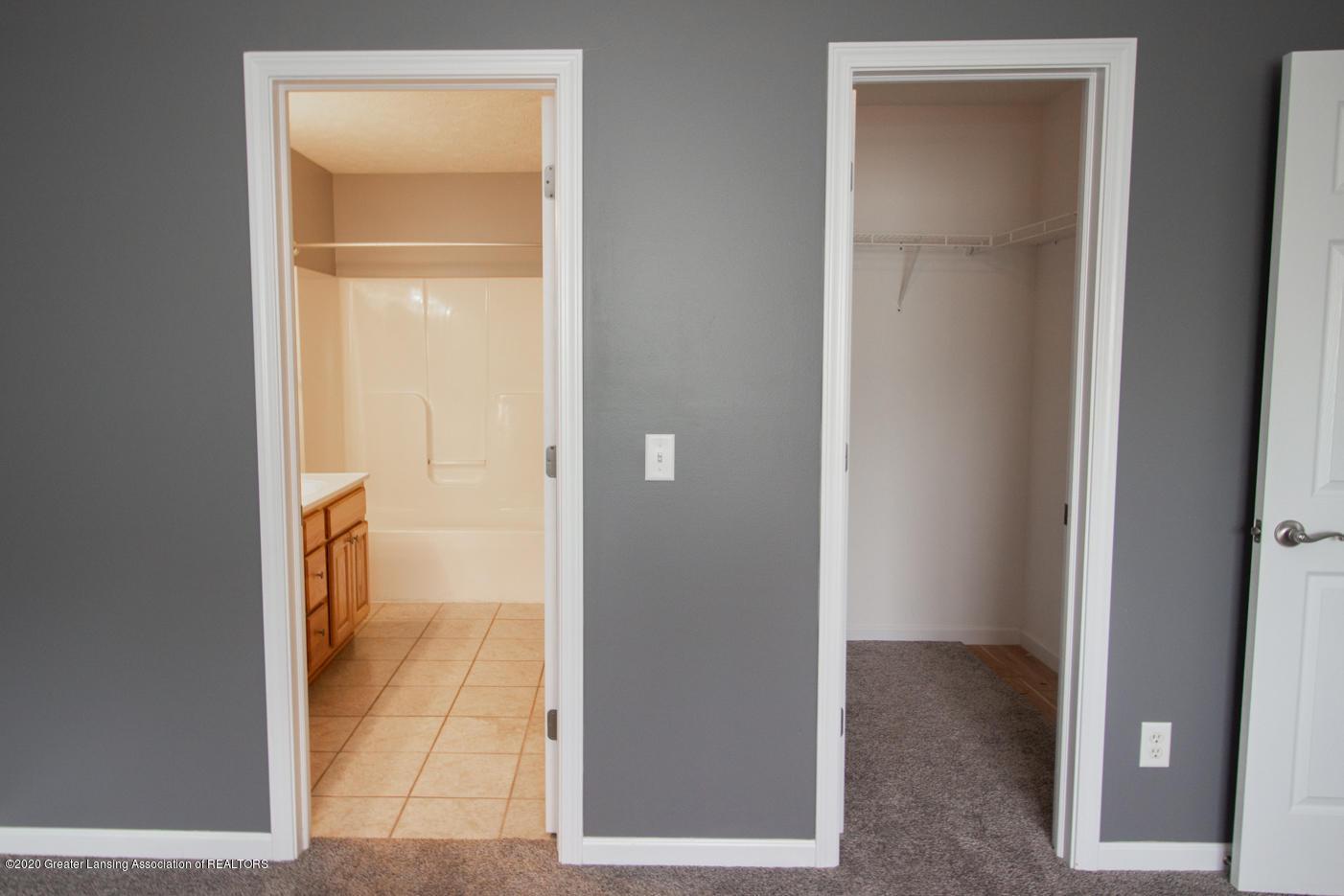2064 Arbor Meadows Dr - Master Suite w/Walk-in Closet - 14