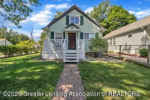 2032 Clifton Ave, Lansing, MI 48910
