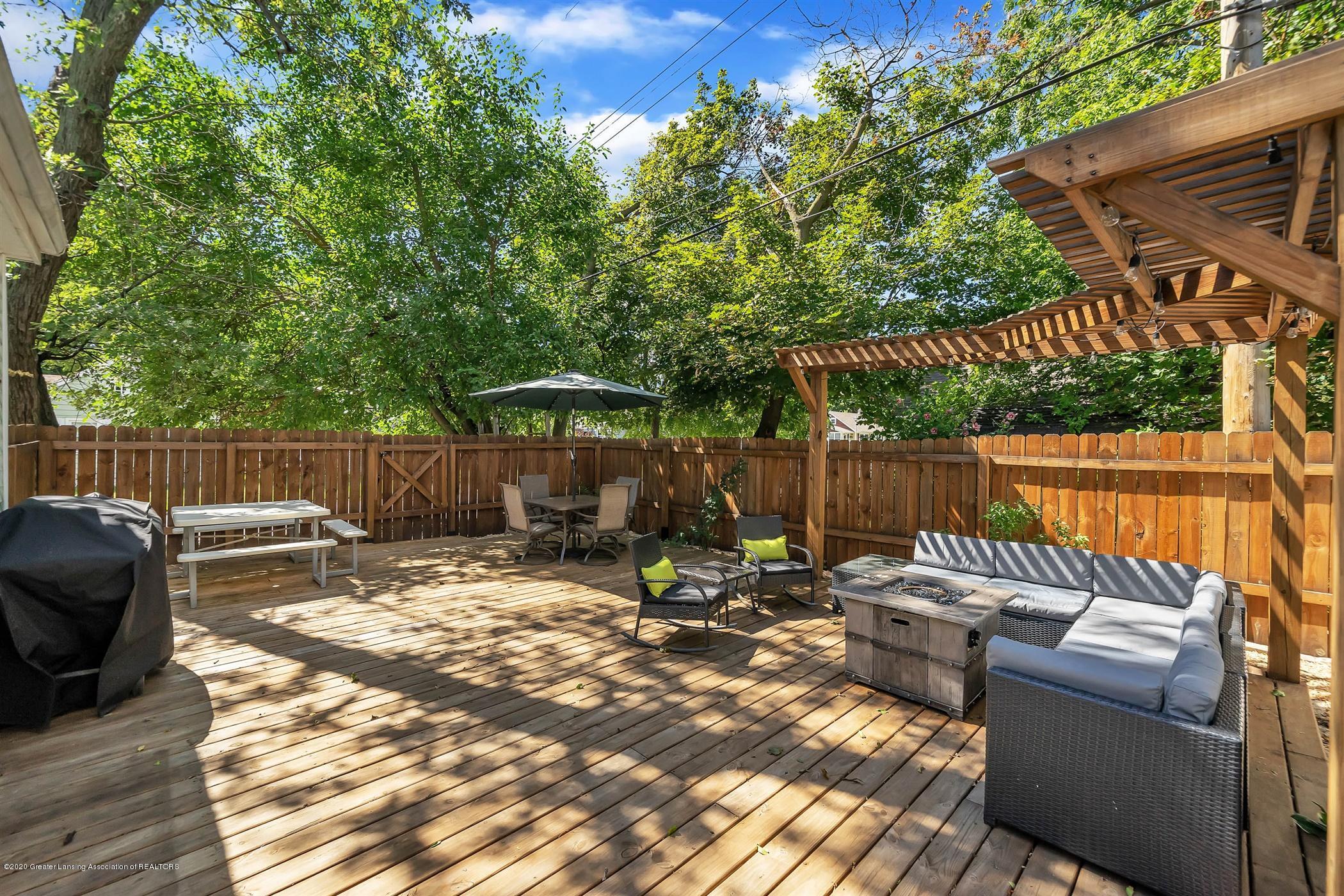 2032 Clifton Ave - (2.1) EXTERIOR Deck Area - 3