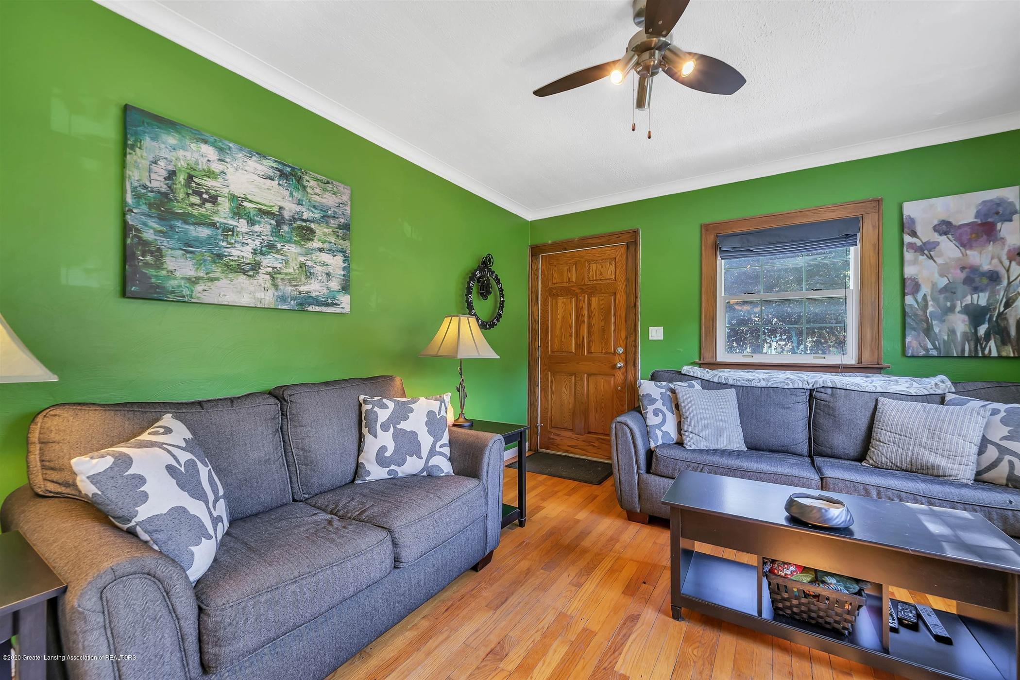2032 Clifton Ave - (3) MAIN FLOOR Living Room - 4