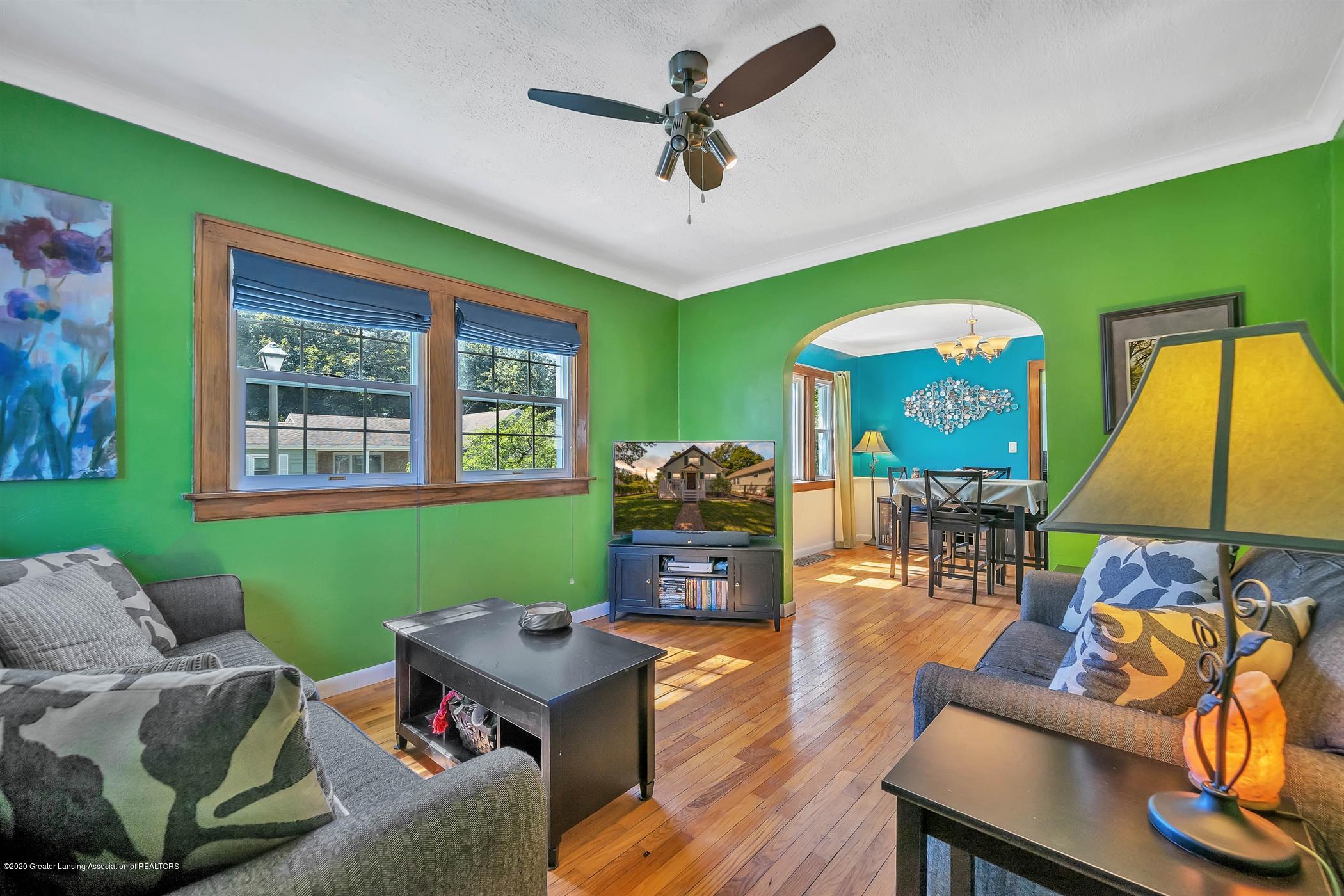 2032 Clifton Ave - (4) MAIN FLOOR Living Room - 5