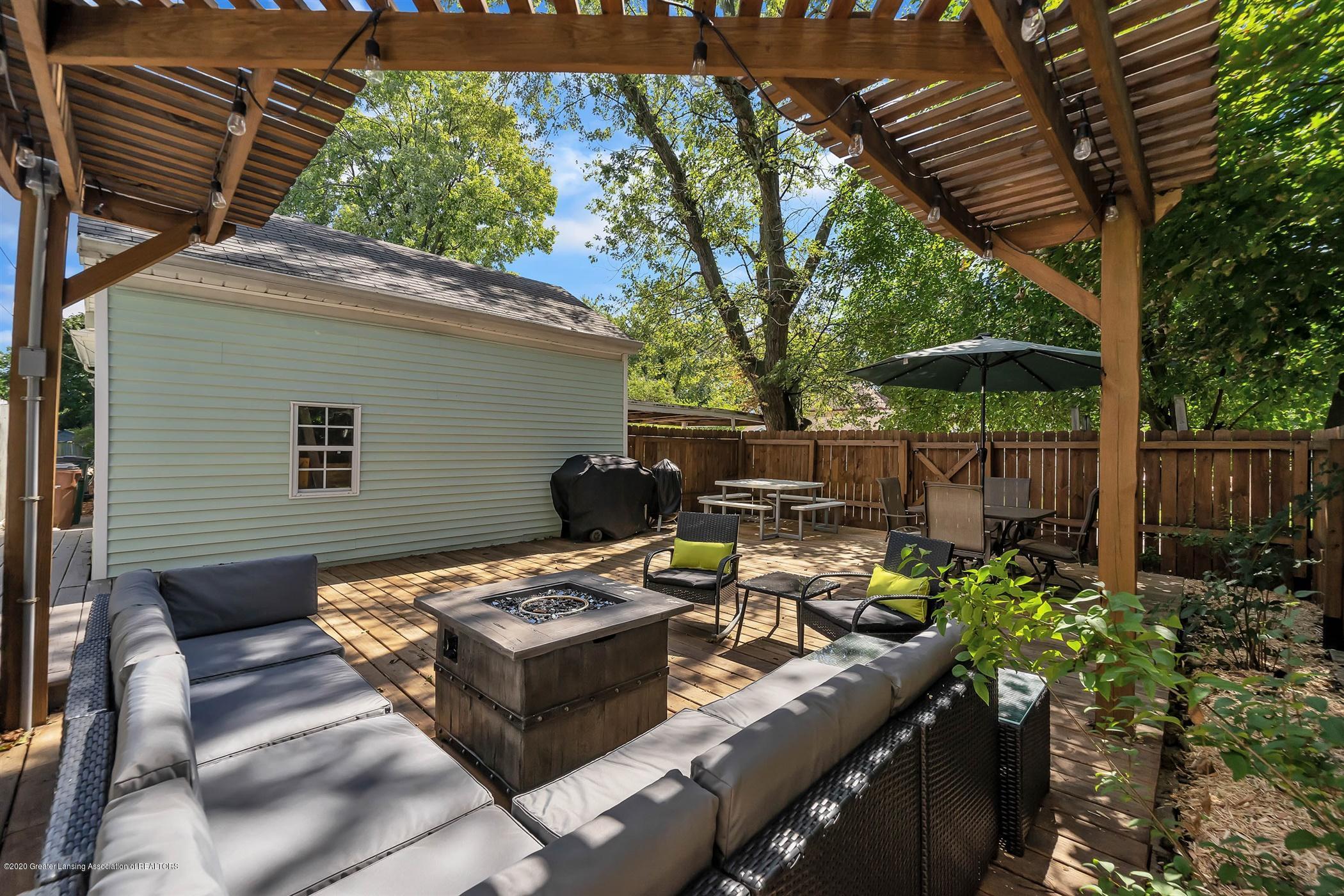 2032 Clifton Ave - (26) EXTERIOR Deck Area - 27