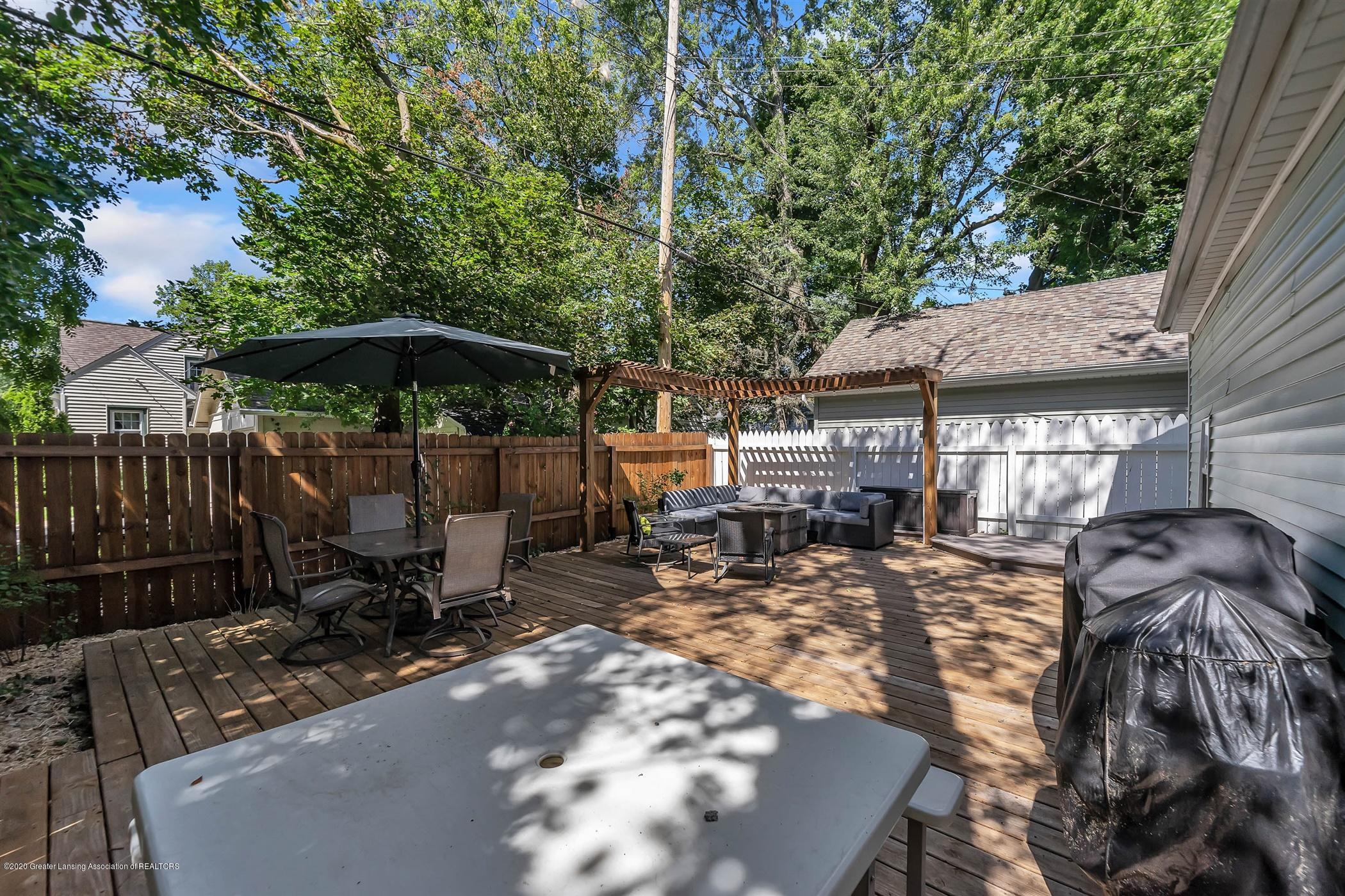 2032 Clifton Ave - (27) EXTERIOR Deck Area - 28