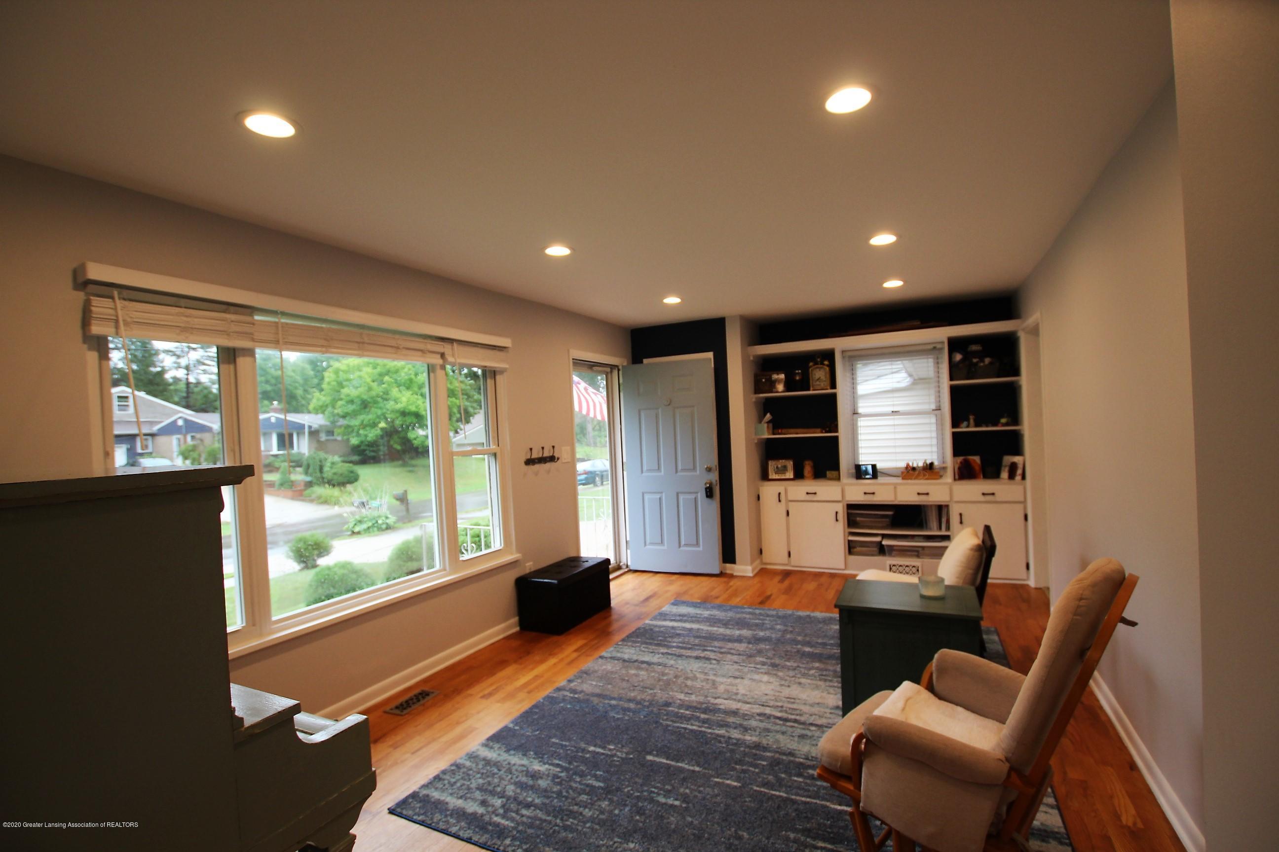 5585 Hallendale Rd - Formal Living Room - 5