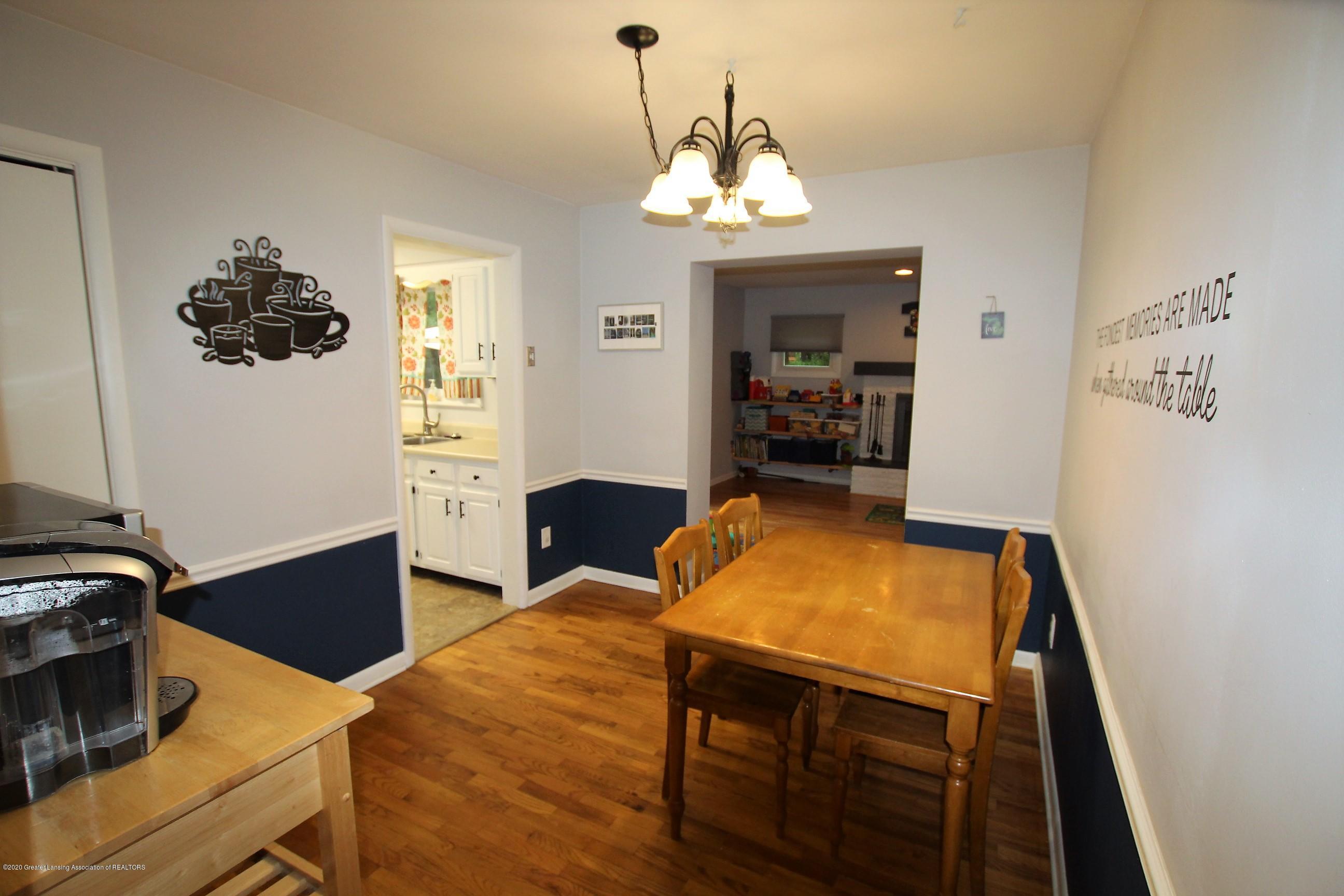 5585 Hallendale Rd - Dining Room - 14