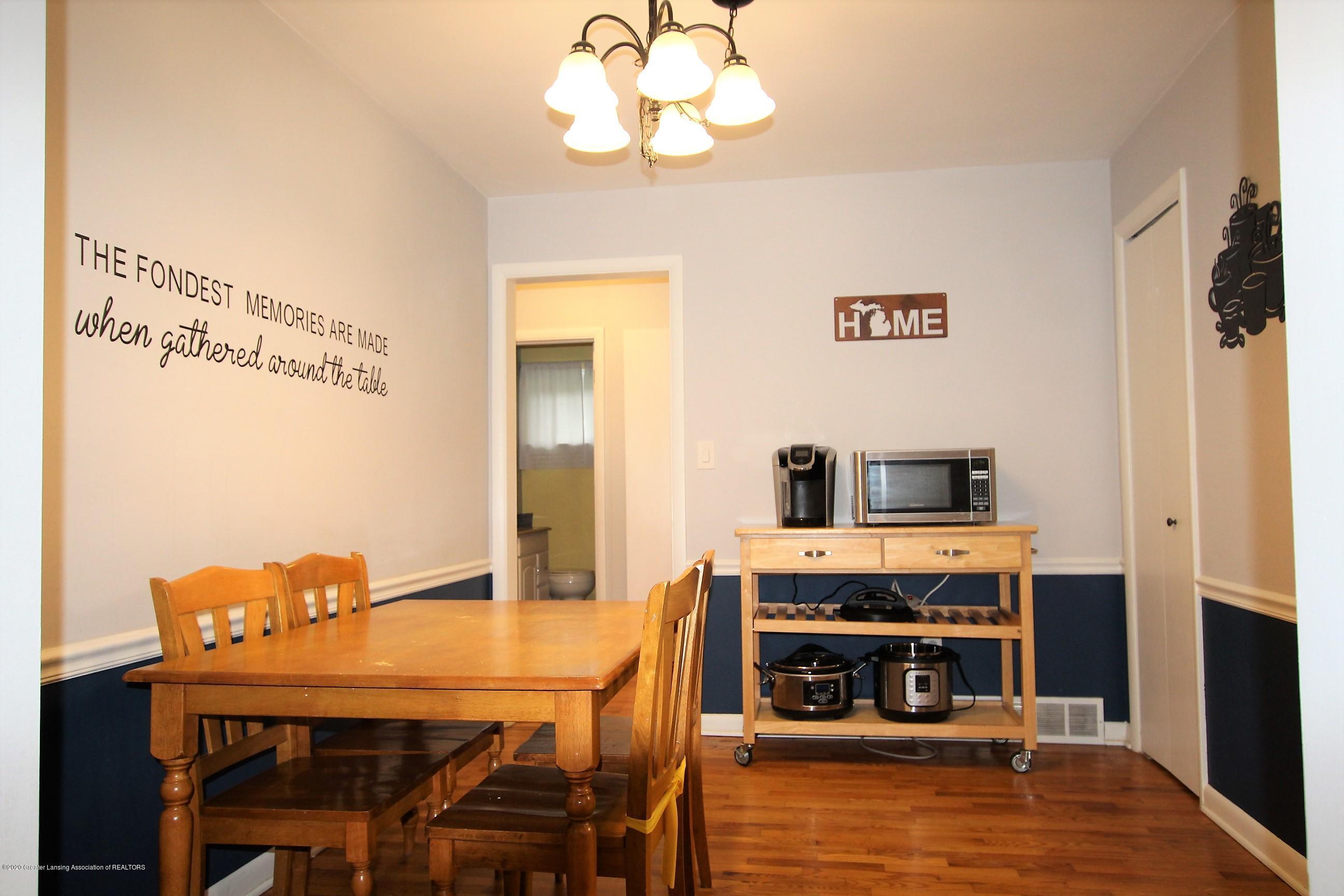 5585 Hallendale Rd - Dining Room - 16
