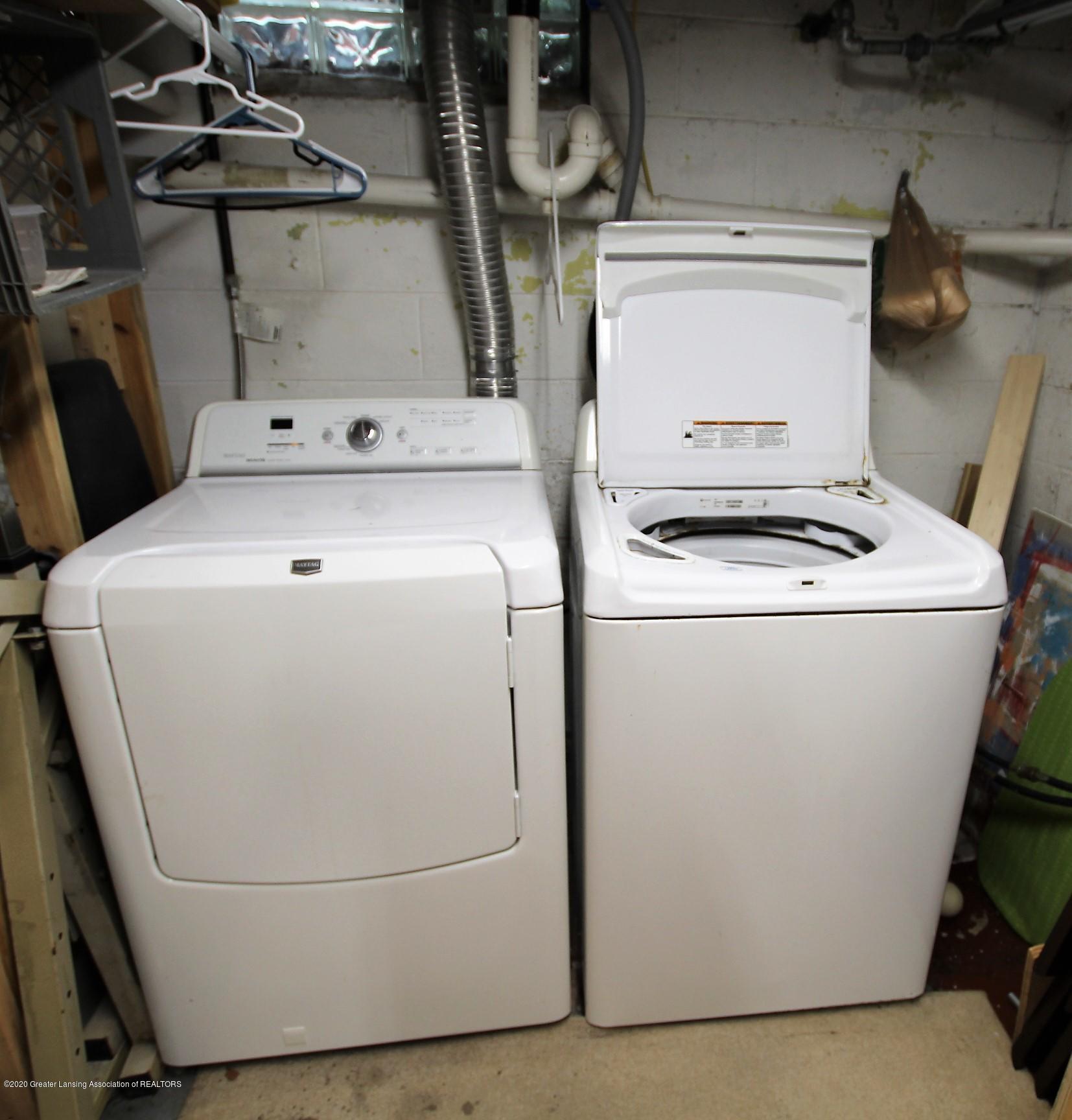 5585 Hallendale Rd - Washer/Dryer - 43