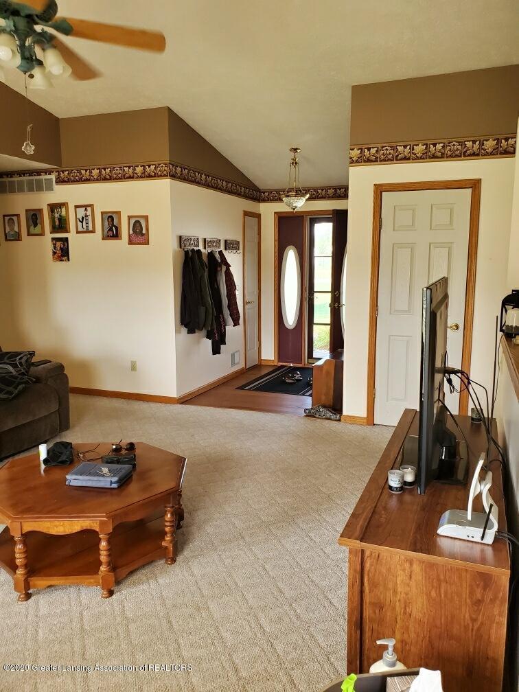 1455 W Taft Rd - Living Room - 4