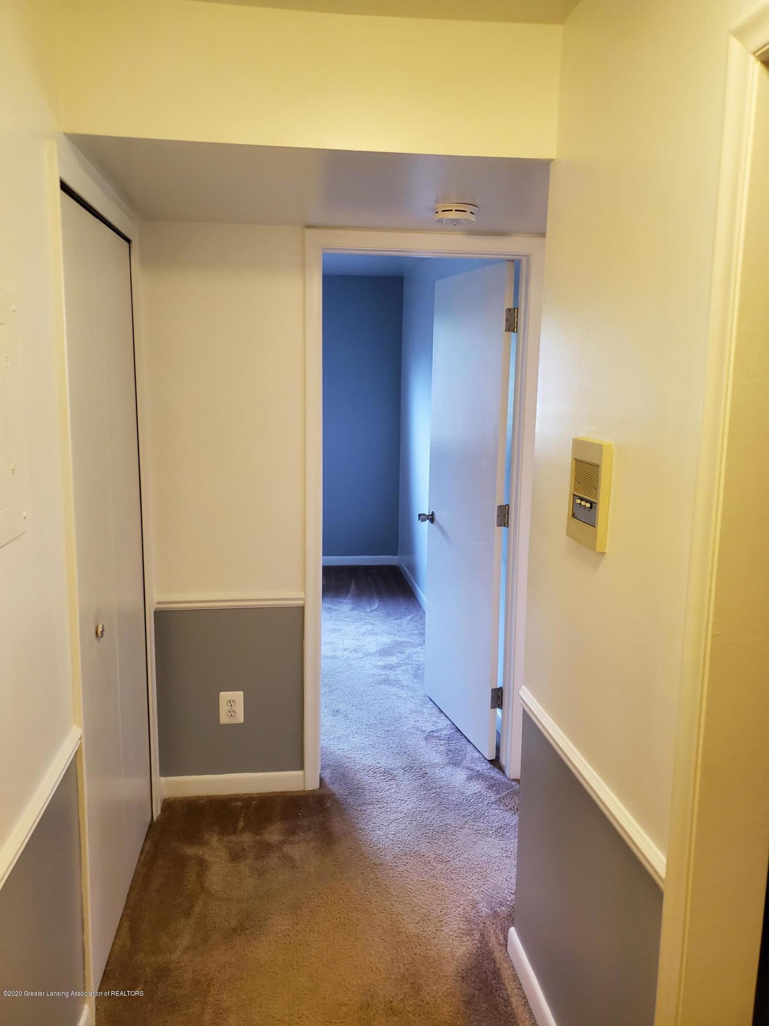 6160 Innkeepers Ct APT 55 - Hallway - 9