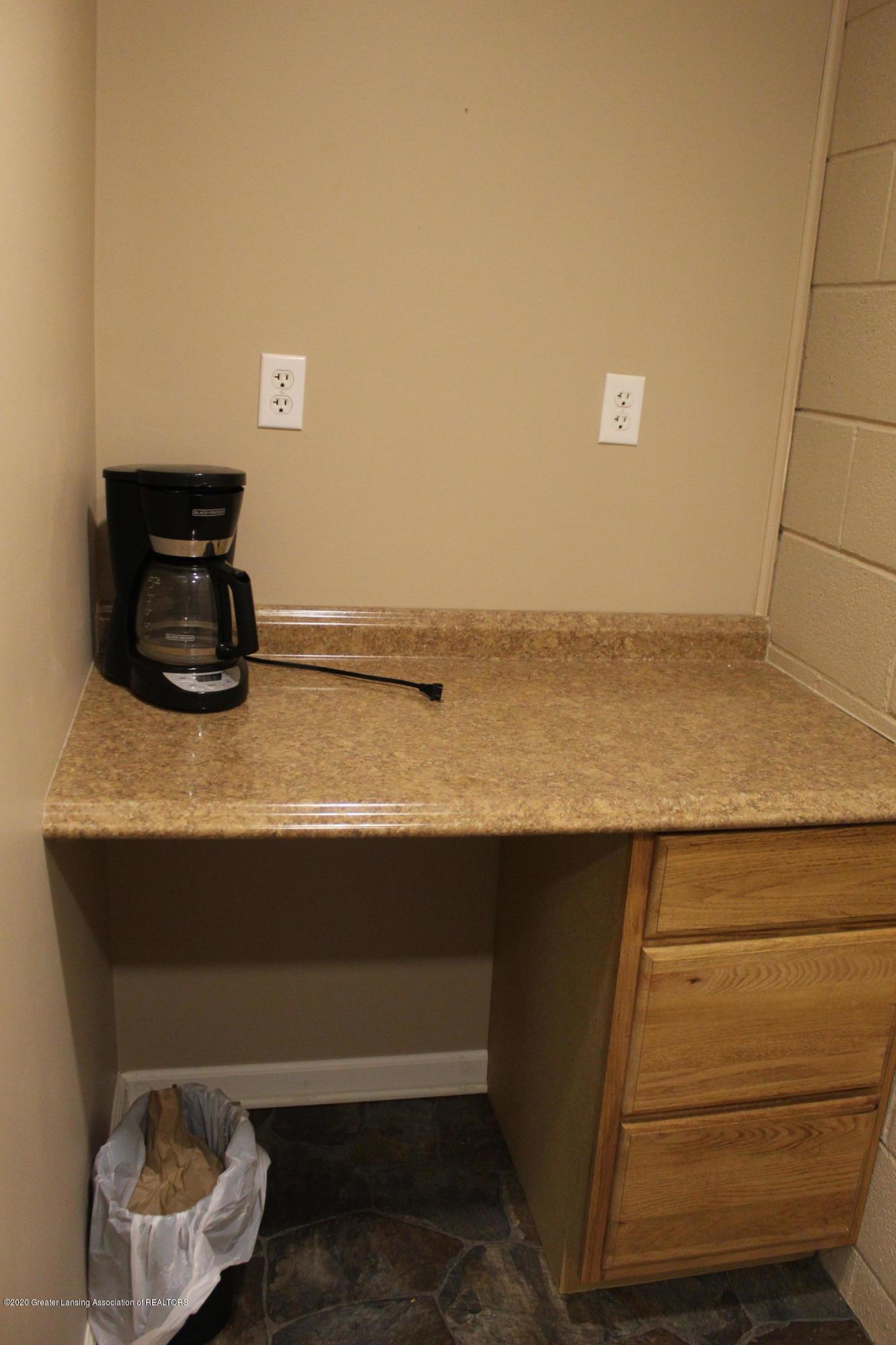 510 N Lansing St - 12 Coffee Area - 12