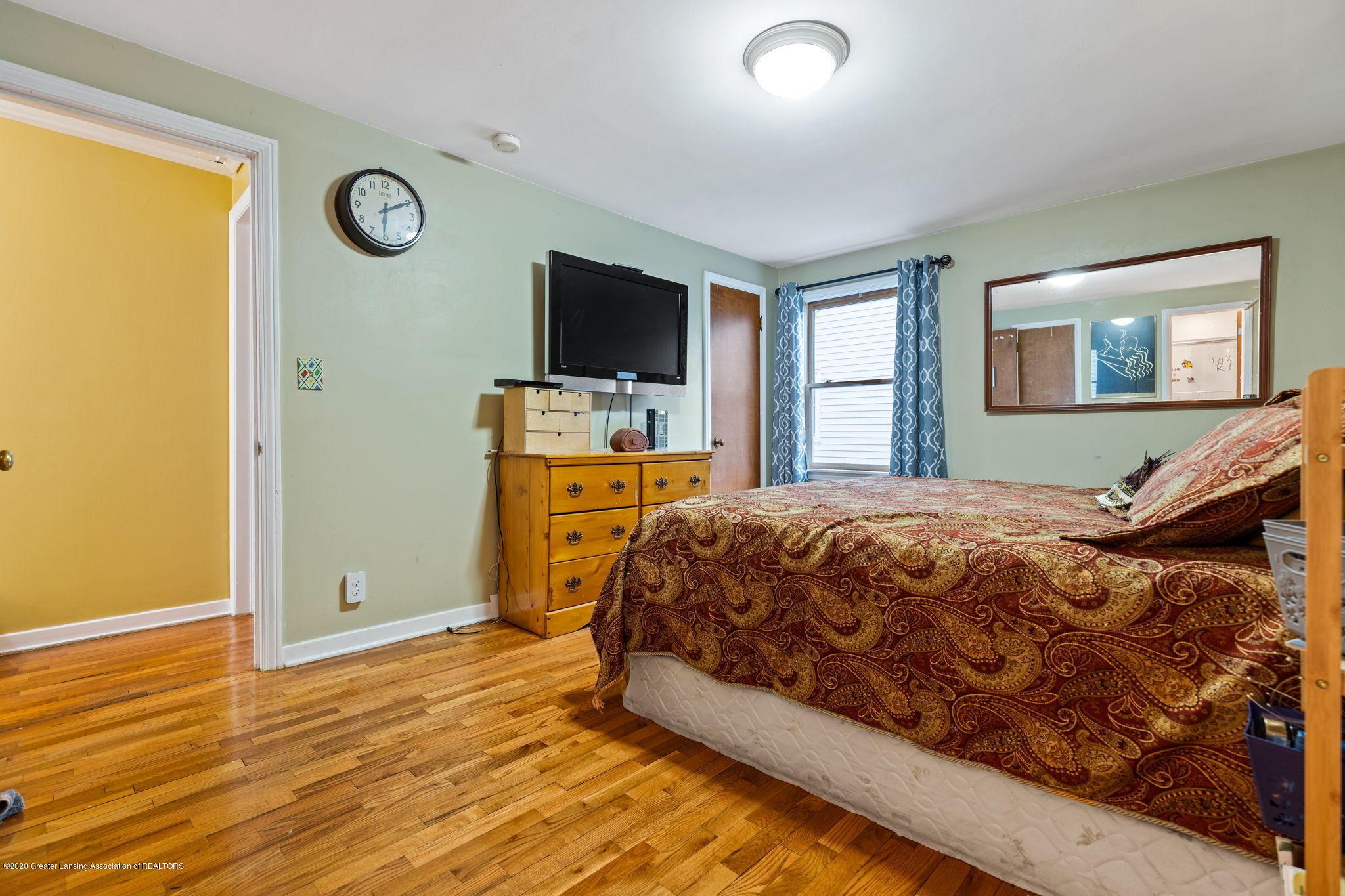 510 Meadowlawn St - Master Bedroom - 17