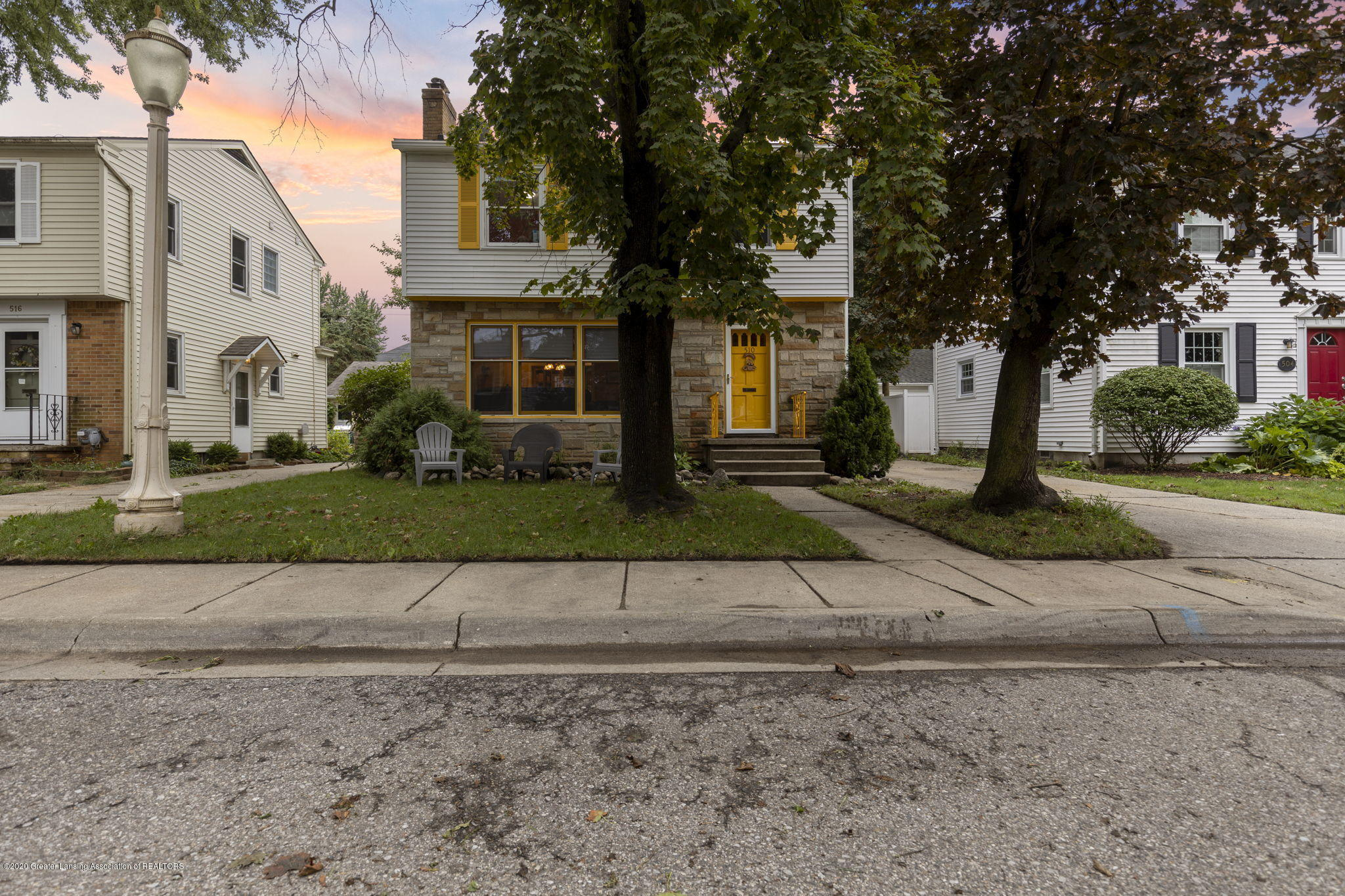 510 Meadowlawn St - Front of Home - 26