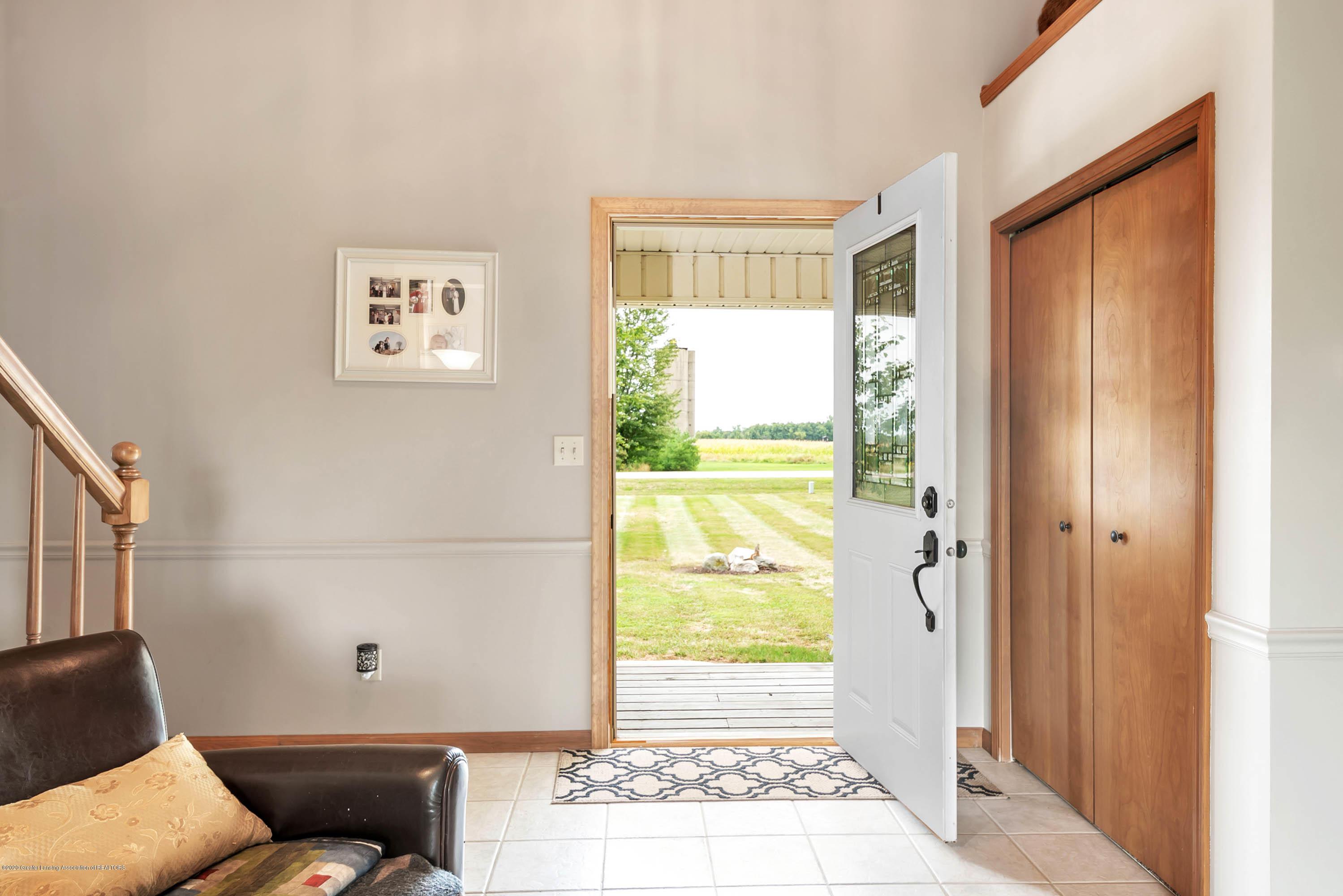 1747 E Townsend Rd - 1747 E Townsend Rd -WindowStill-Real-Est - 7