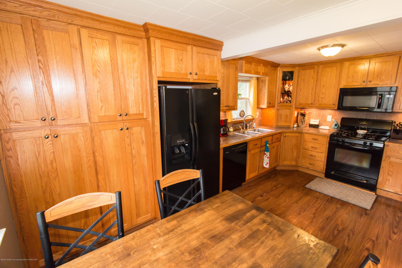 606 Ryan St - kitchen - 15