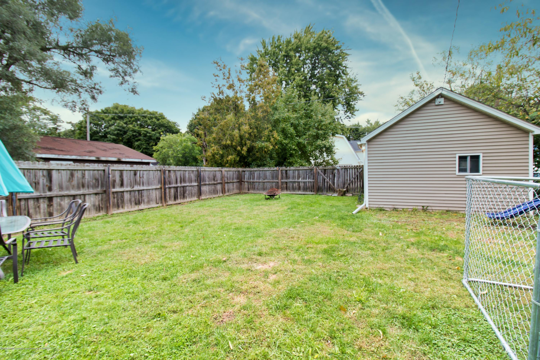 606 Ryan St - backyard - 24
