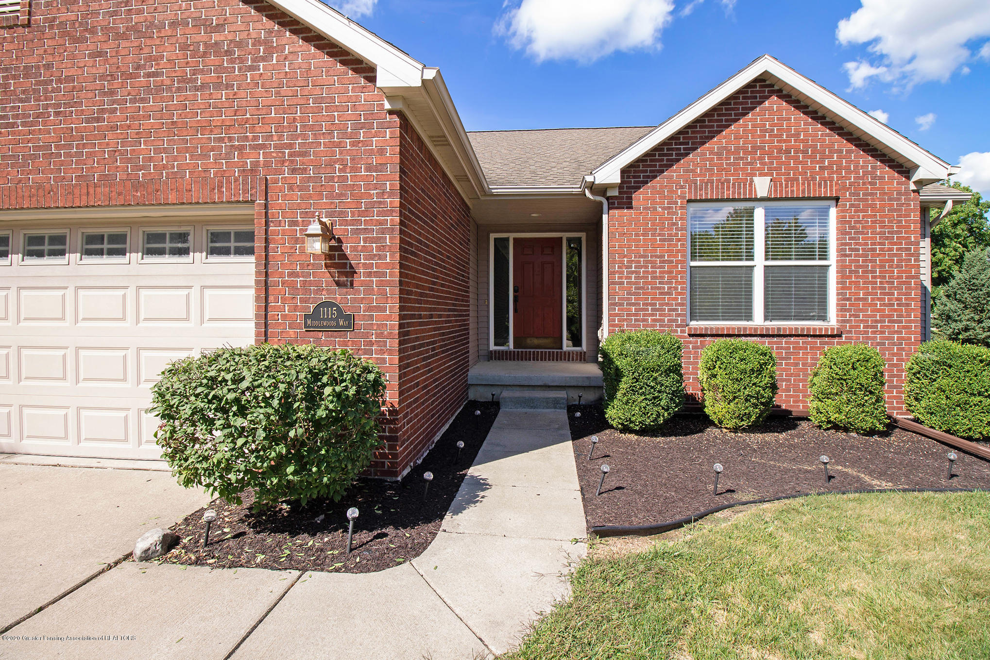 1115 Middlewoods Way - IMG_3684 - 3