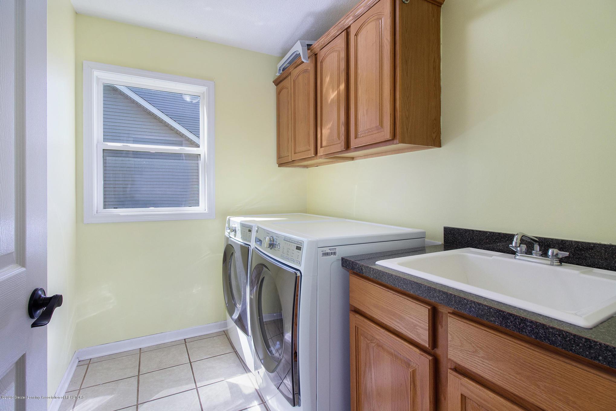 1115 Middlewoods Way - IMG_3743 - 14