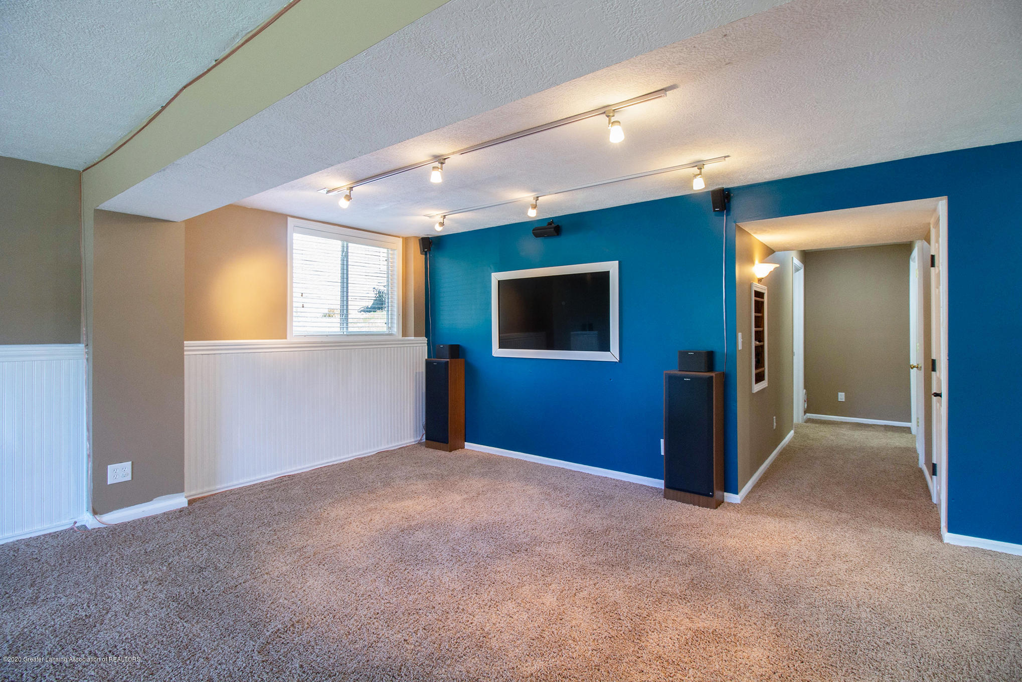 1115 Middlewoods Way - IMG_3755 - 18