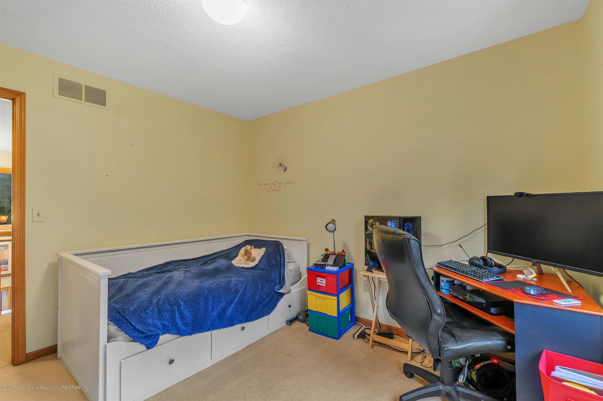 11910 Schavey Rd - 41-11910 Schavey Rd.-windowstill-re - 41