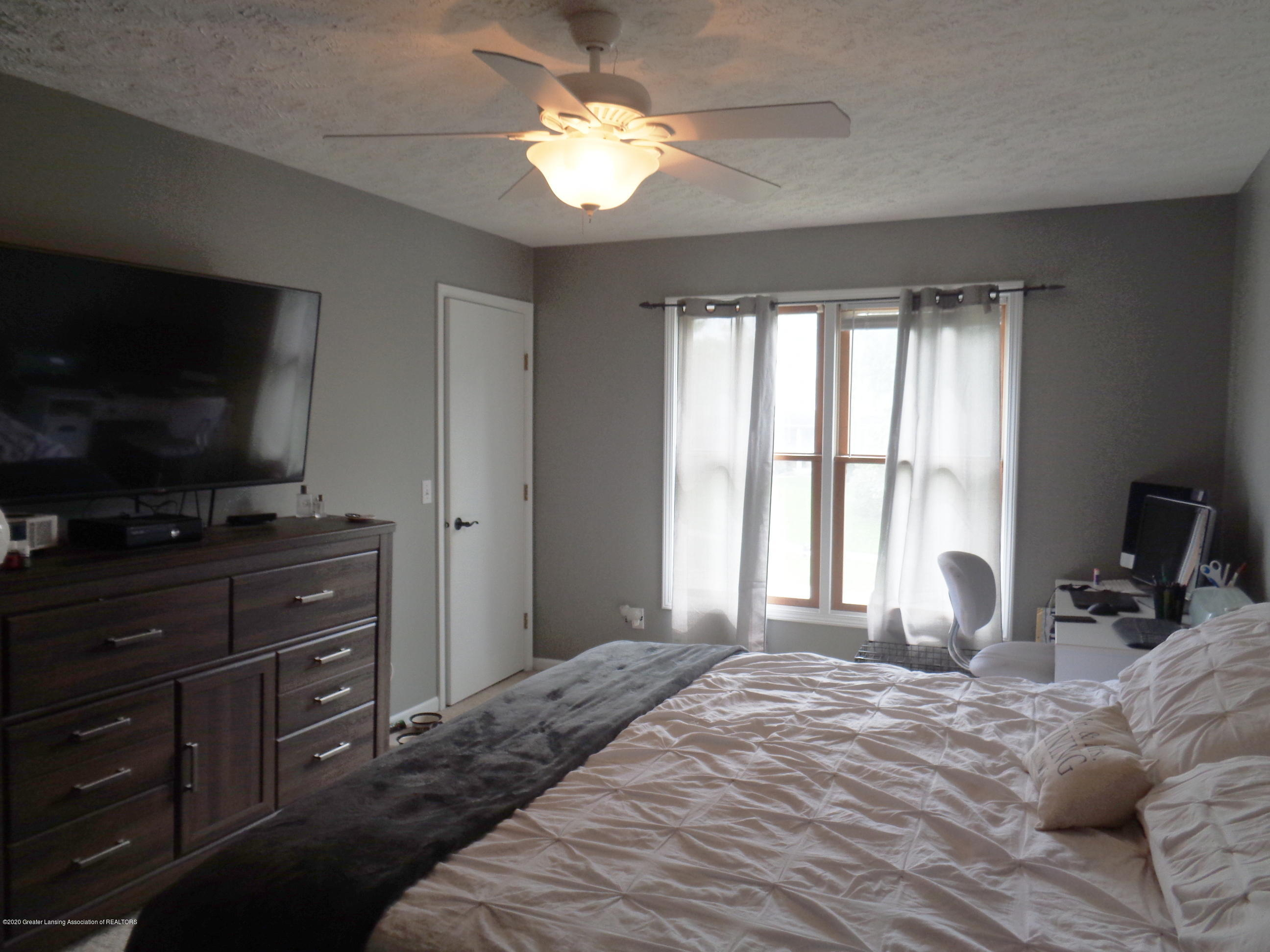 3099 Rosehill Dr - rosehill master bedroom - 9
