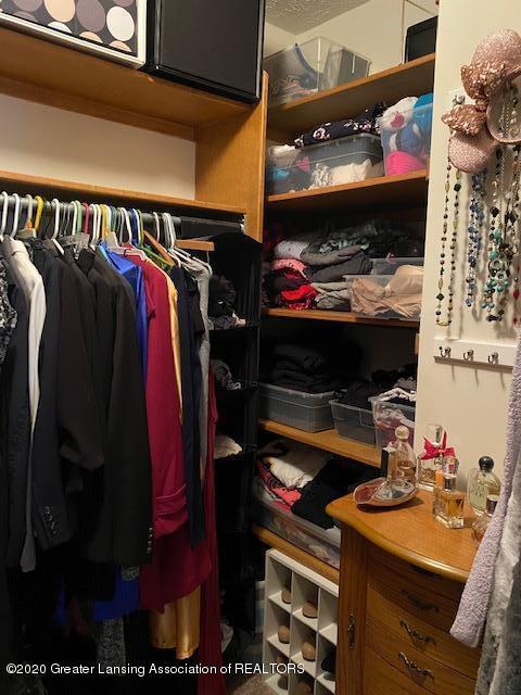3099 Rosehill Dr - rosehill master closet 2 - 13