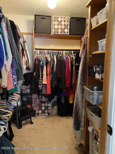 3099 Rosehill Dr - Rosehill master closet - 12