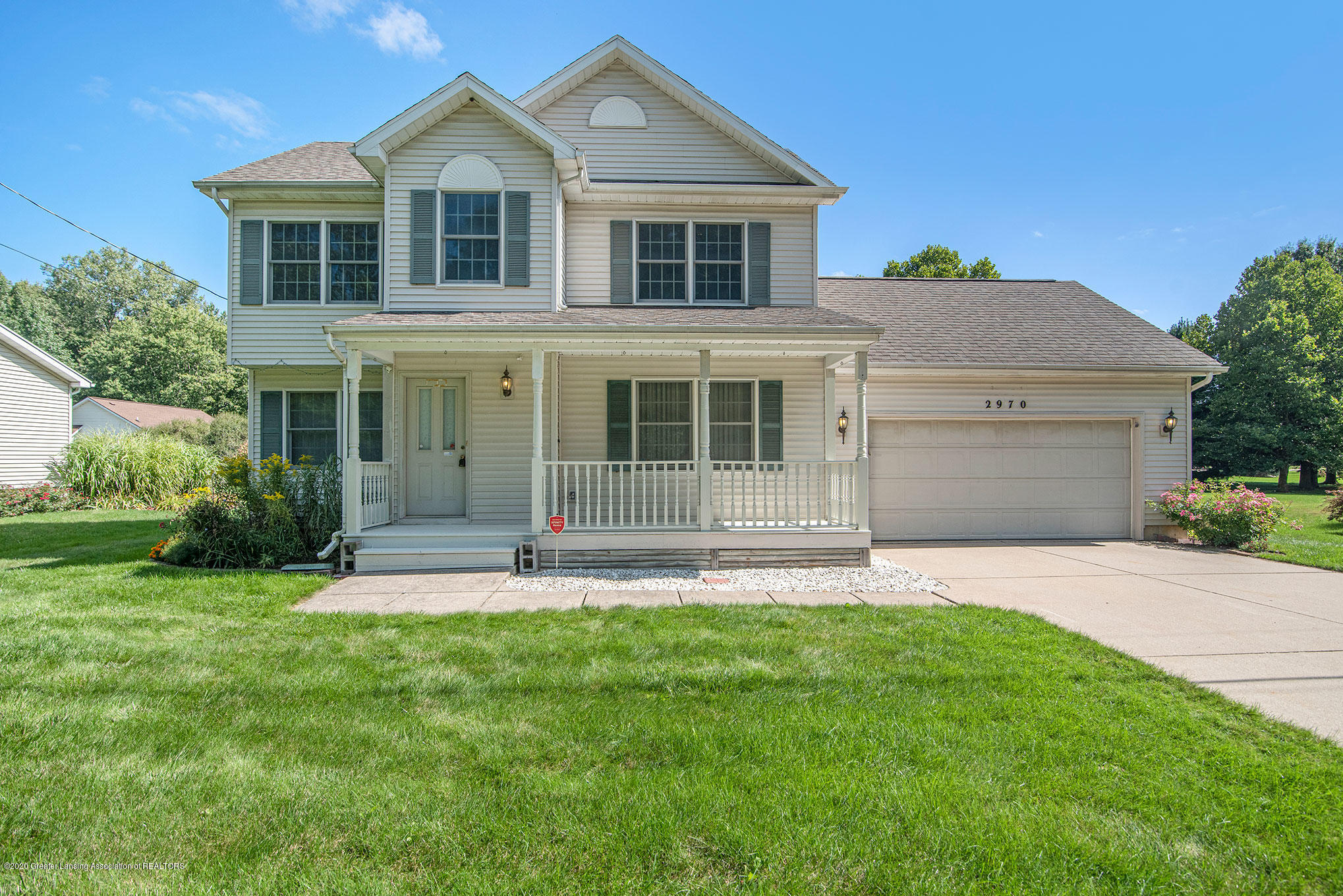 2970 Pinetree Rd - front - 1