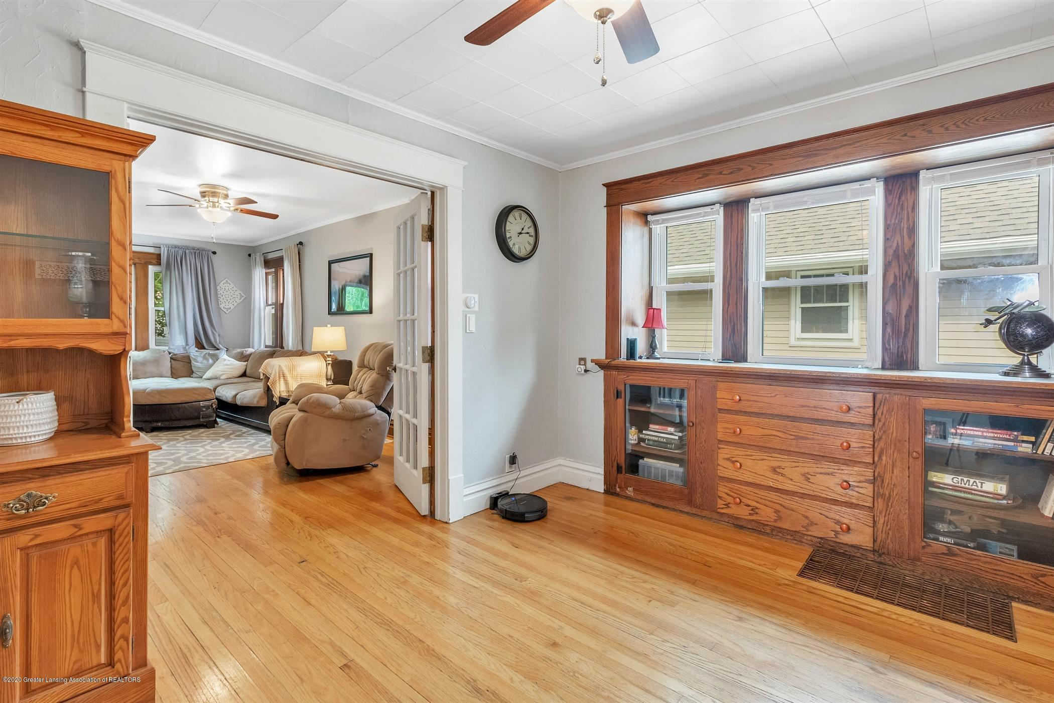 2127 Forest Ave - 10-2127 Forest Ave-WindowStill-Real - 10