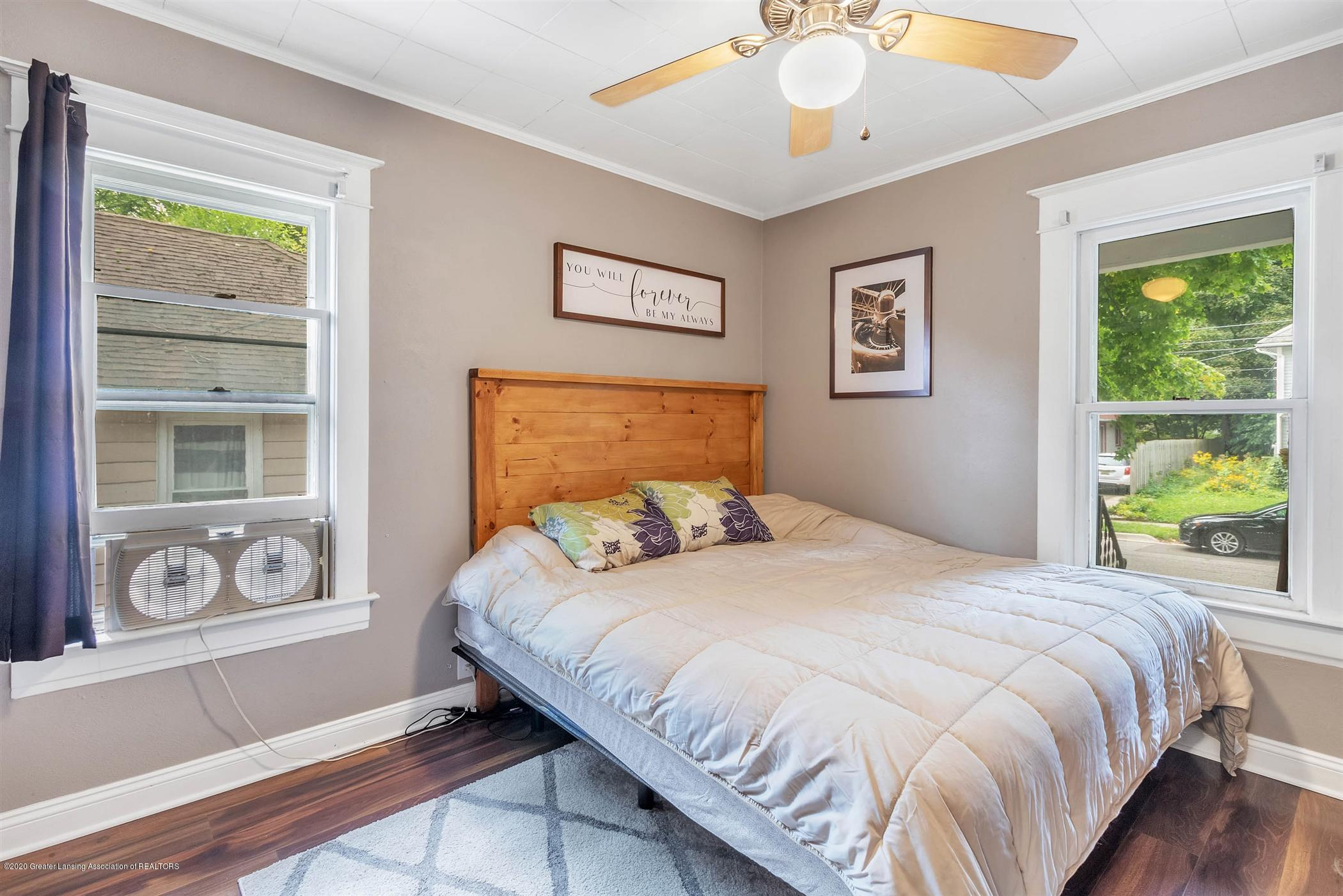 2127 Forest Ave - 23-2127 Forest Ave-WindowStill-Real - 23
