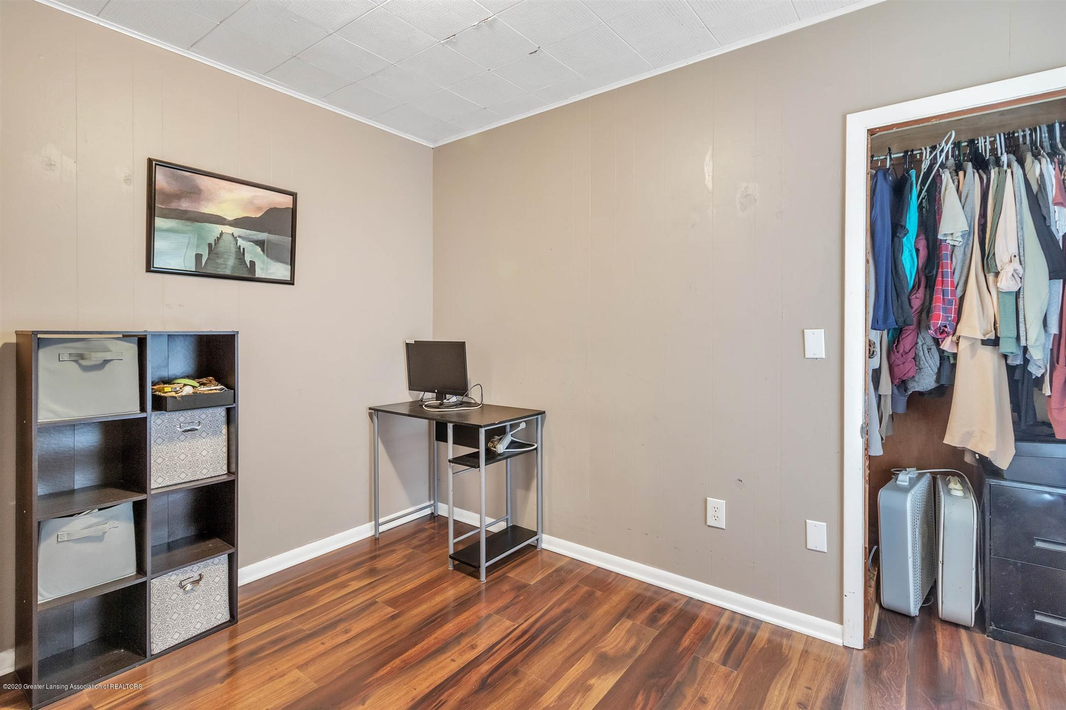 2127 Forest Ave - 27-2127 Forest Ave-WindowStill-Real - 27