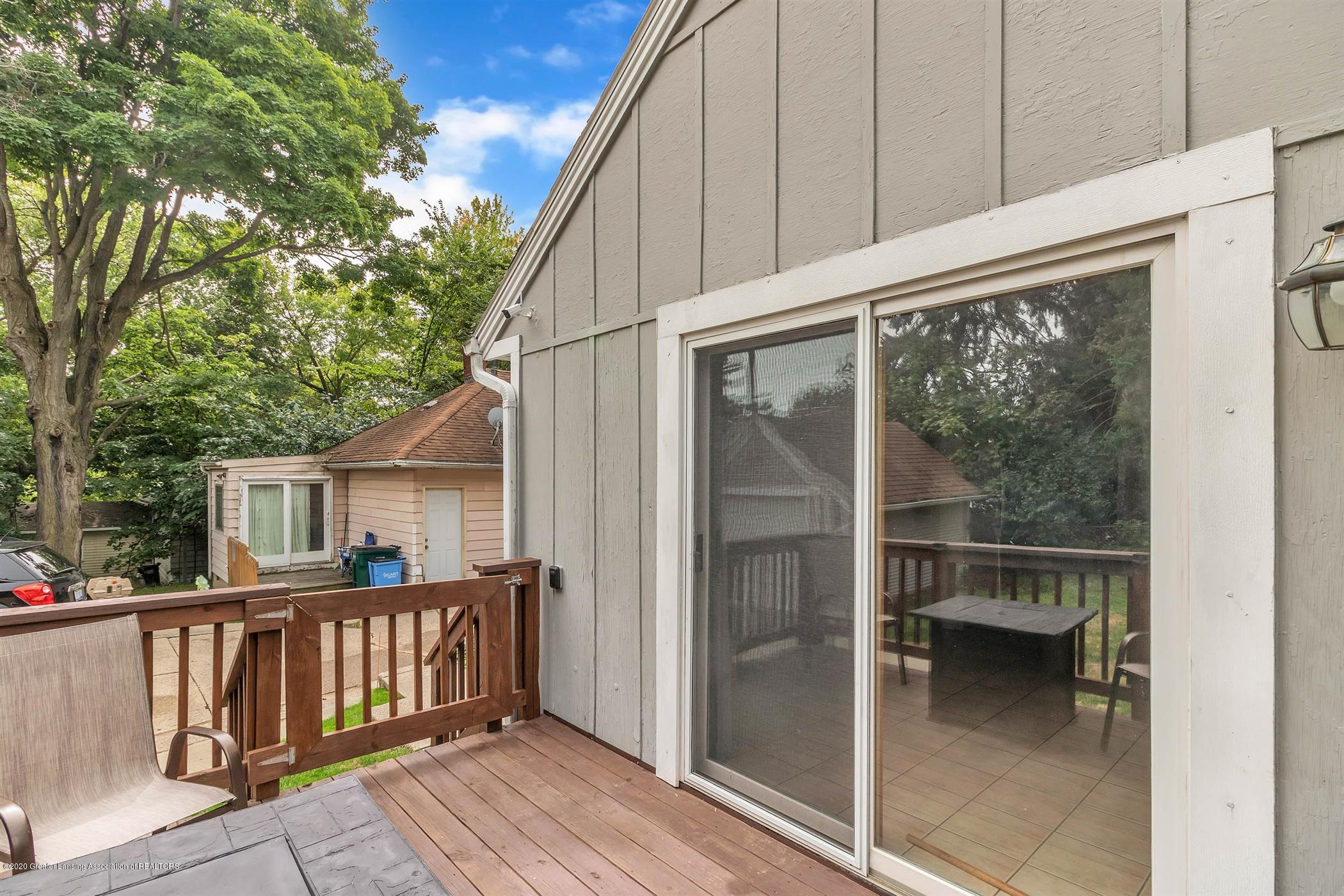 2127 Forest Ave - 35-2127 Forest Ave-WindowStill-Real - 34