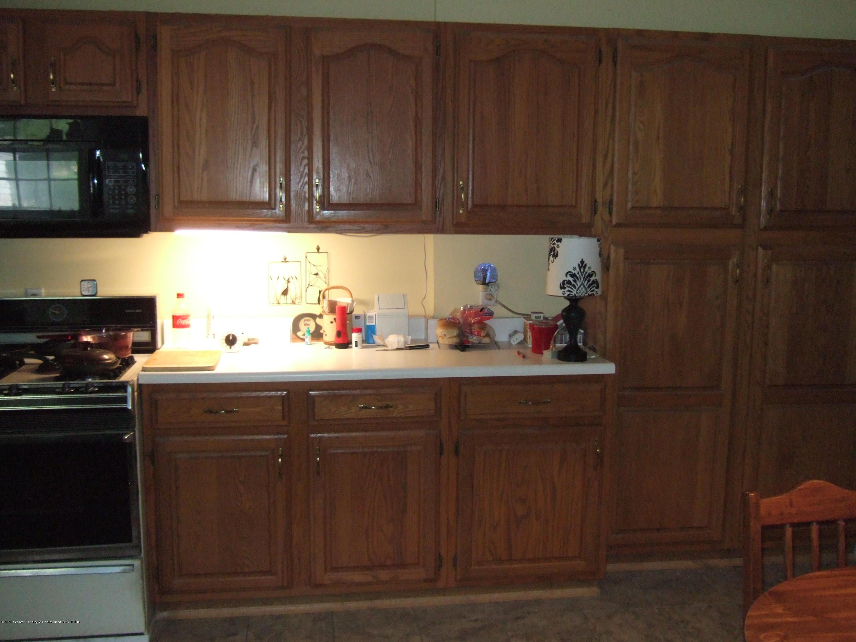 3806 W Willow St - Kitchen - 11
