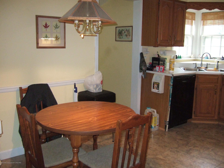 3806 W Willow St - Kitchen - 12