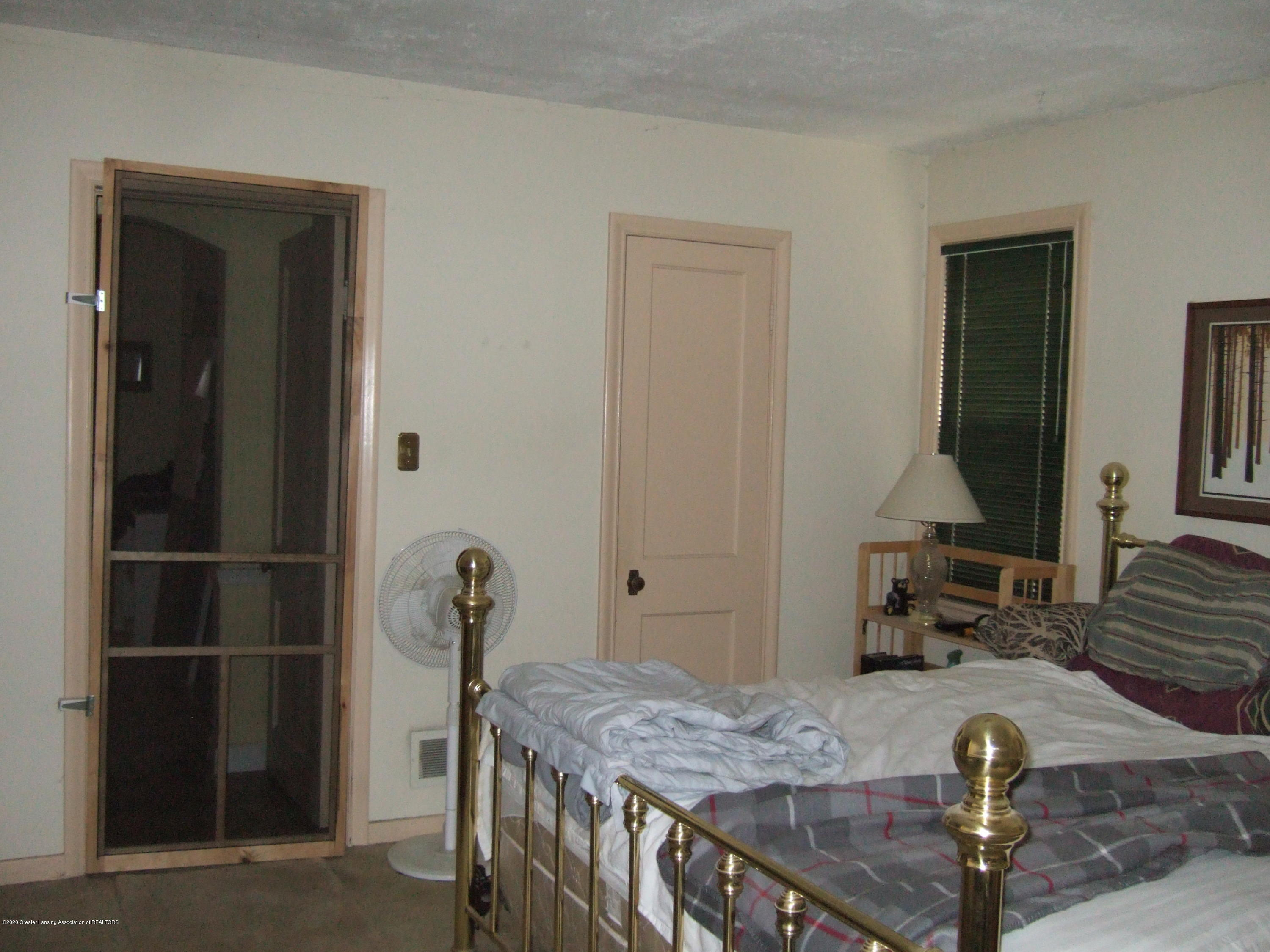 3806 W Willow St - Master Bedroom - 14